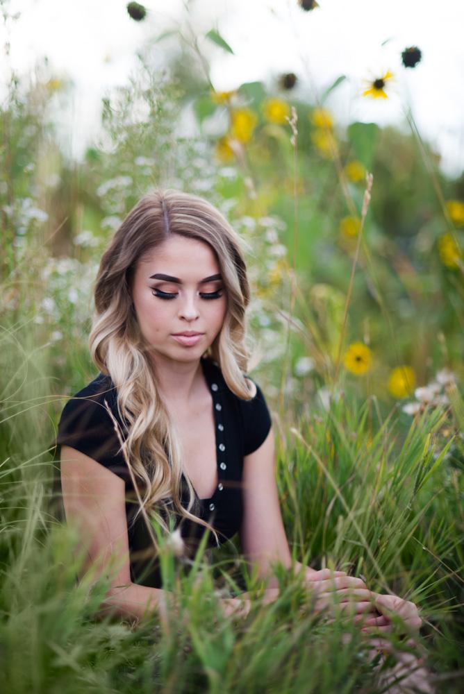 senior pictures in Denver sunflowers