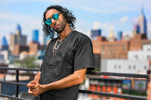 I still need to make an L wit my hand to know which side is left vs right ⠀ ⠀ ⠀ 📸 @david_quiroga ⠀ .⠀ .⠀ .⠀ .⠀ #Shah #Telemundo #influencer #photography #photoshoot #shoot #travelphotography #travel #ny #nyc #newyorkcity #eastvillage #fashion #view #sky #nofilter #rap #hiphop #latino #ootd #style #rapperlife #luxury #worldlatinstar #luxurylifestyle #joke #haha #handsome #beautiful #photooftheday⠀