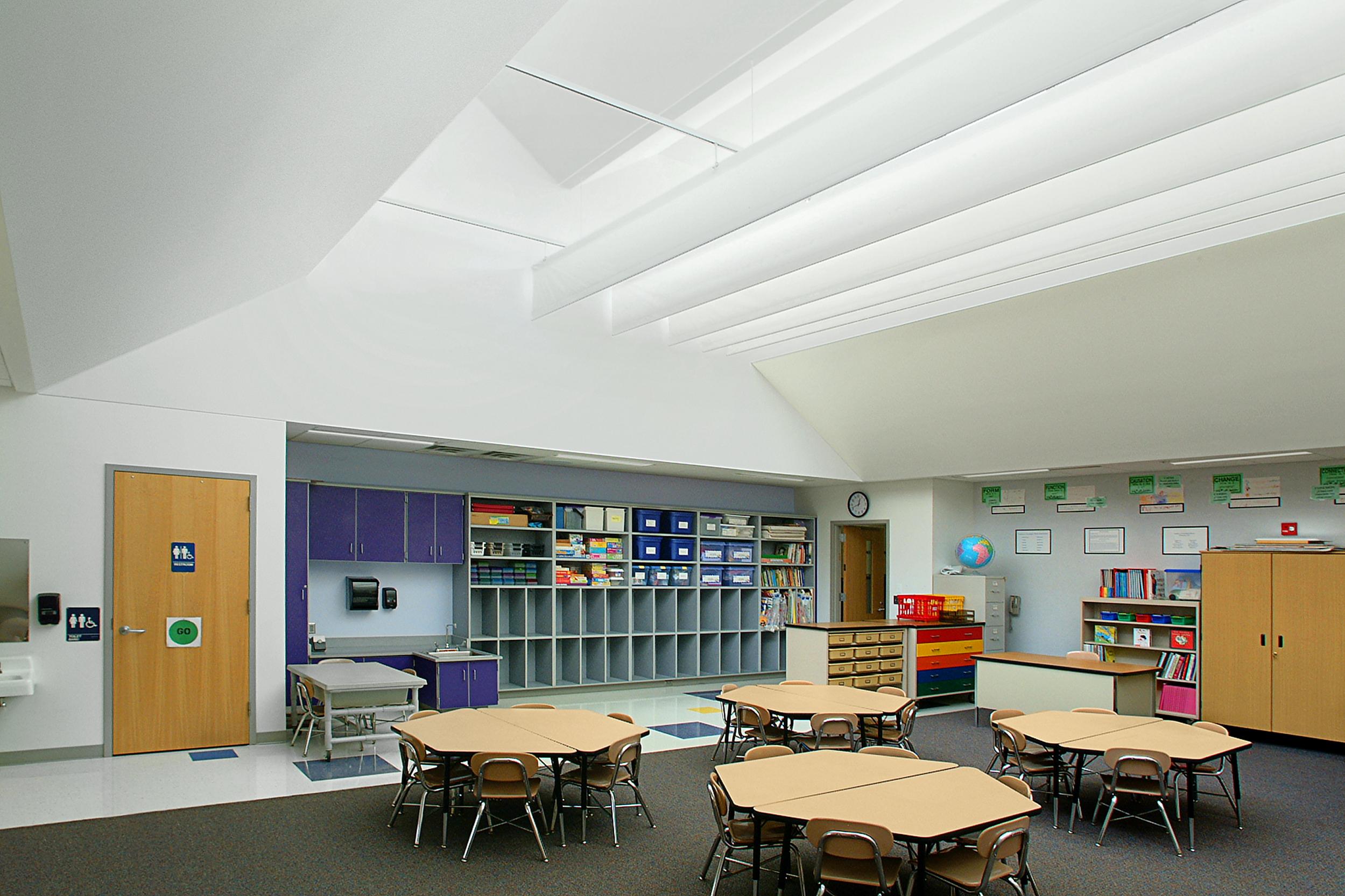 E Farmington Woods Elementary School — Davis Kane Architects, PA