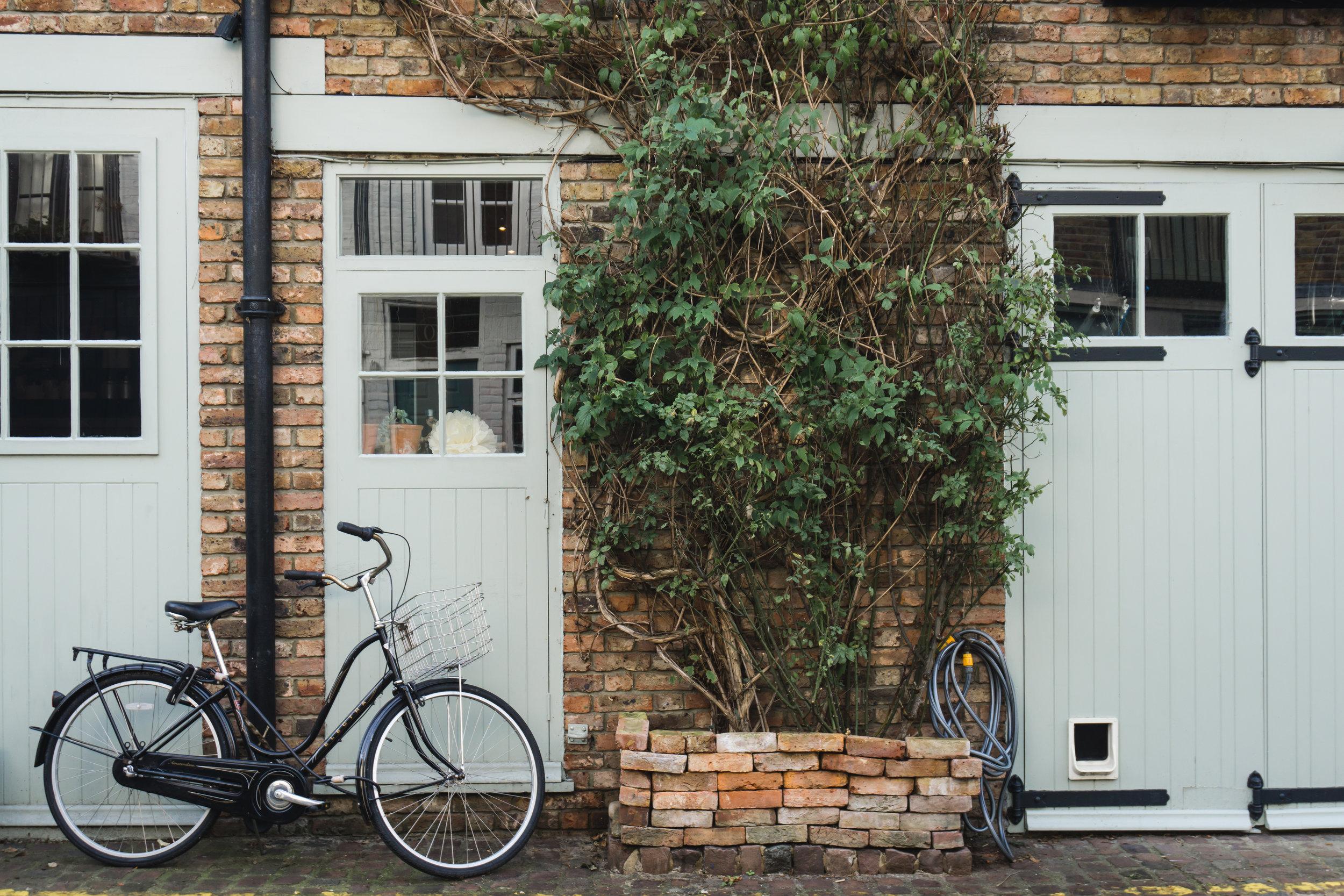 Brick Mew in Notting Hill_London_Tripp Films.jpg