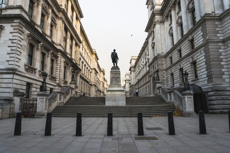 Statue_London_Tripp Films