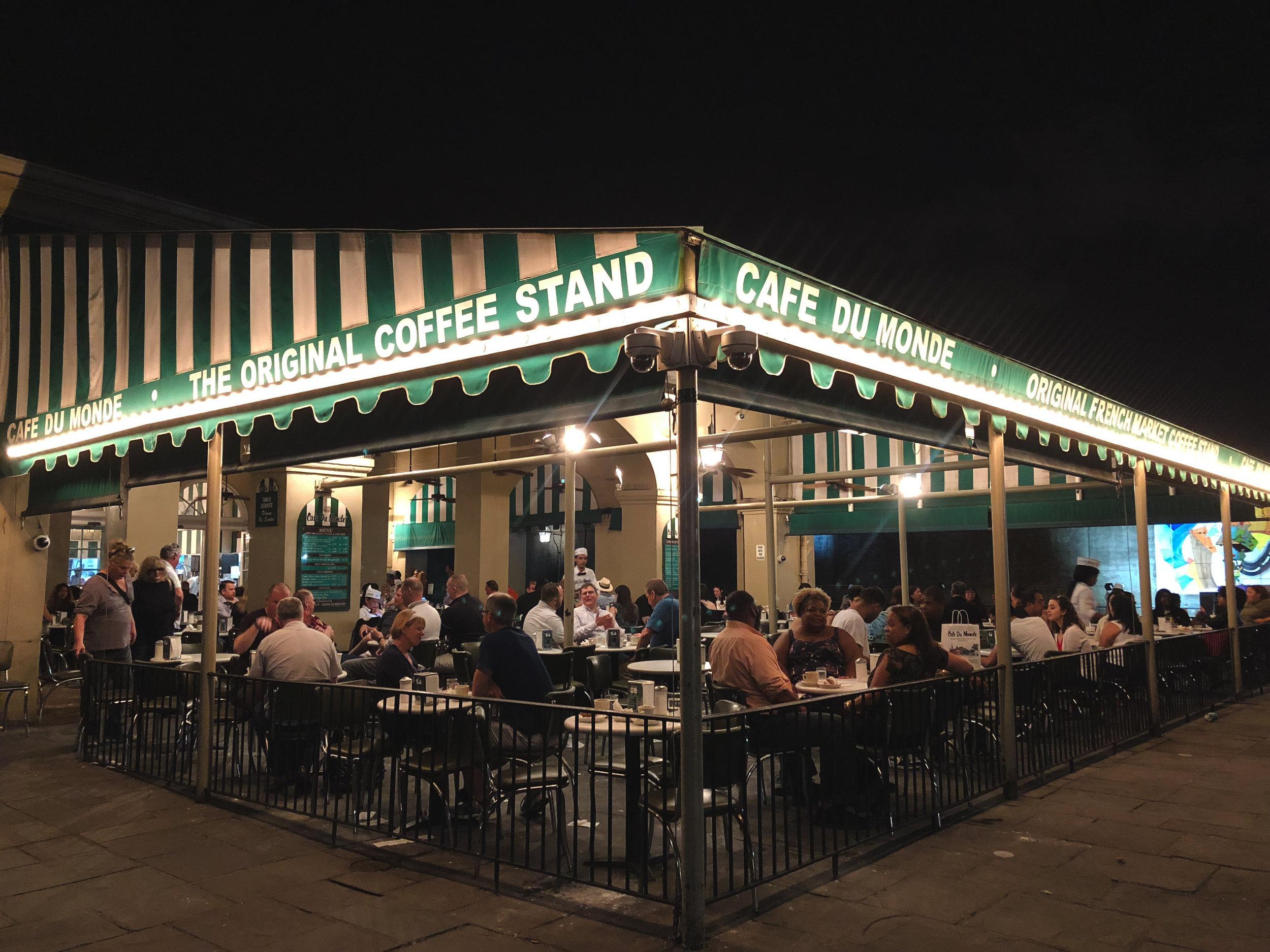 Cafe du Monde_New Orleans_Tripp Films