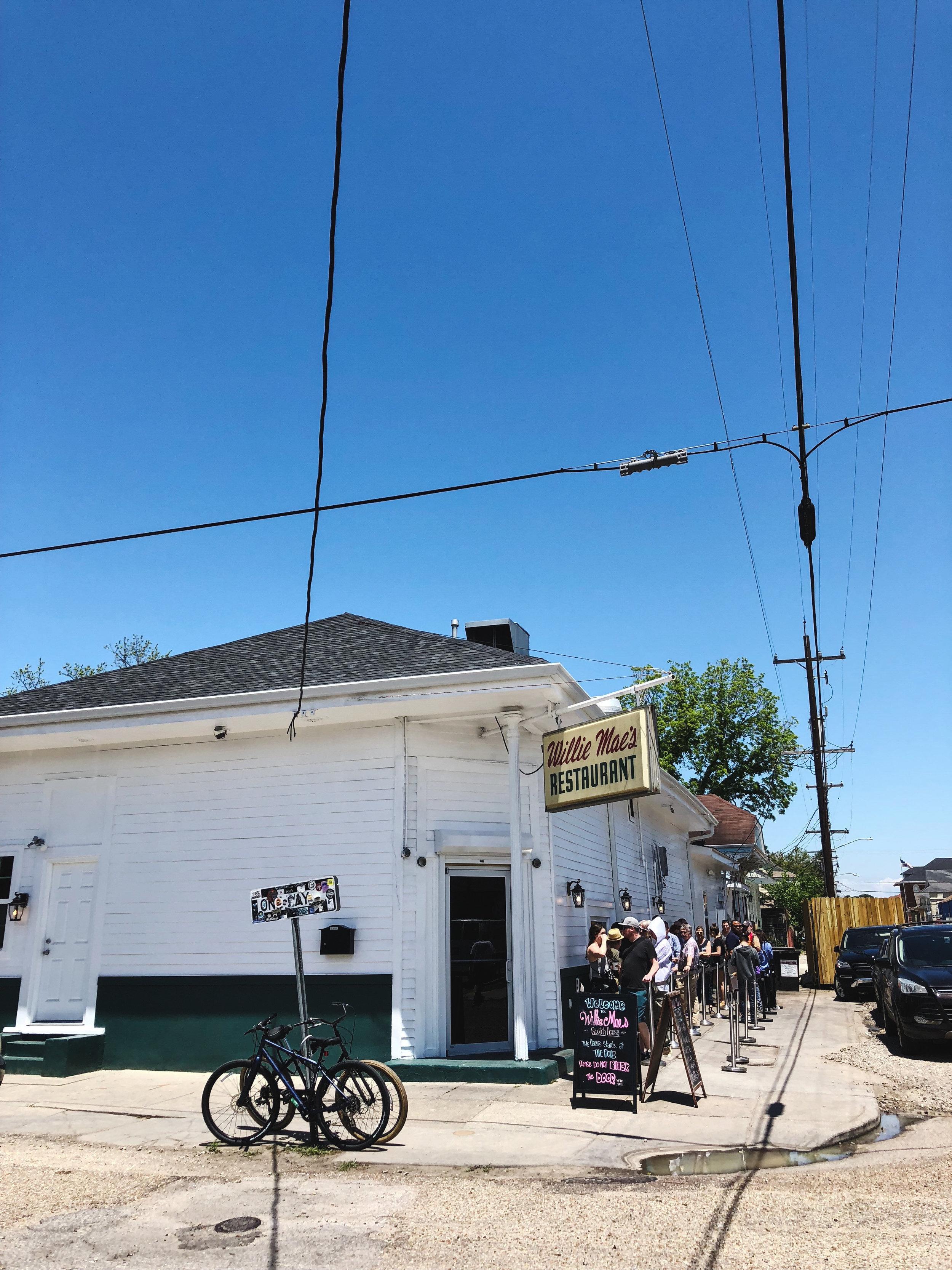 New Orleans_Willie Mae's_Fried Chicken_Travel Film