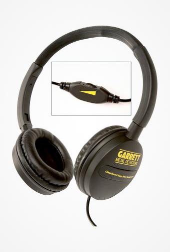 Shelsky-Garrett-ACE350-headphones-c.jpg