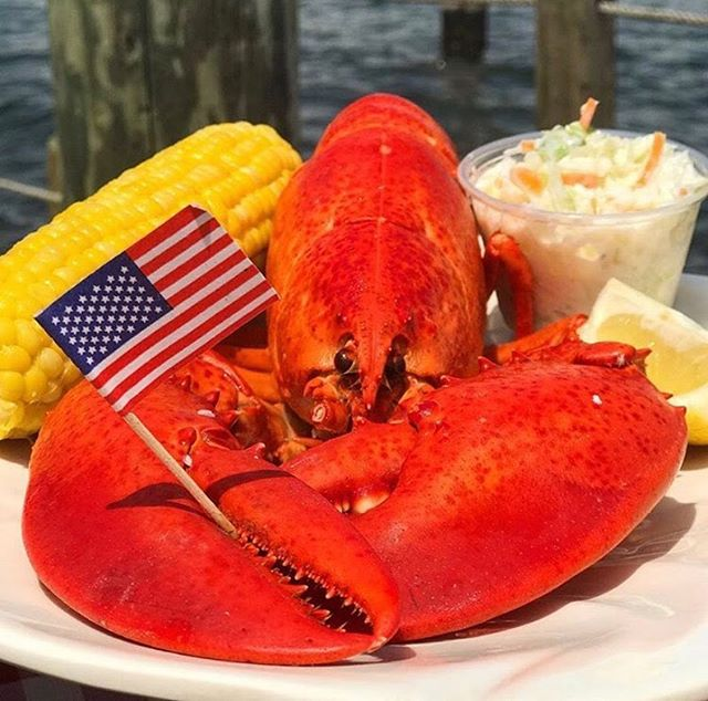 Come to Red's and Help Us Celebrate National Lobster Day! Bib Up and Crack a Claw 🦞  #PointPleasantBeach #PointPleasant #NewJersey #NJfoodie #Lobster #NationalLobsterDay