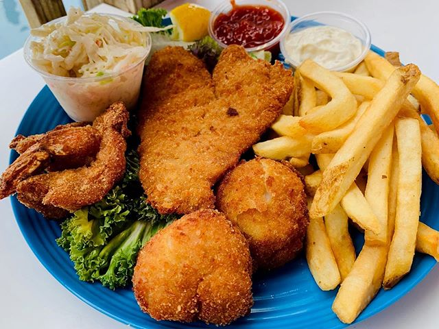 Open 12-9 PM Today. Come Enjoy a Captain Bill's Crispy Platter! . . . #instafood #foodie #fishing #delicious #foodlover #seafood #restaurant #tasty #travel #lunch #fresh #chef #foodpics #fish #eat #food #foodblogger #healthyfood #love #yummy #foodphotography #shrimp #yum #lobster #photography #dinner #foodstagram #eeeeeats