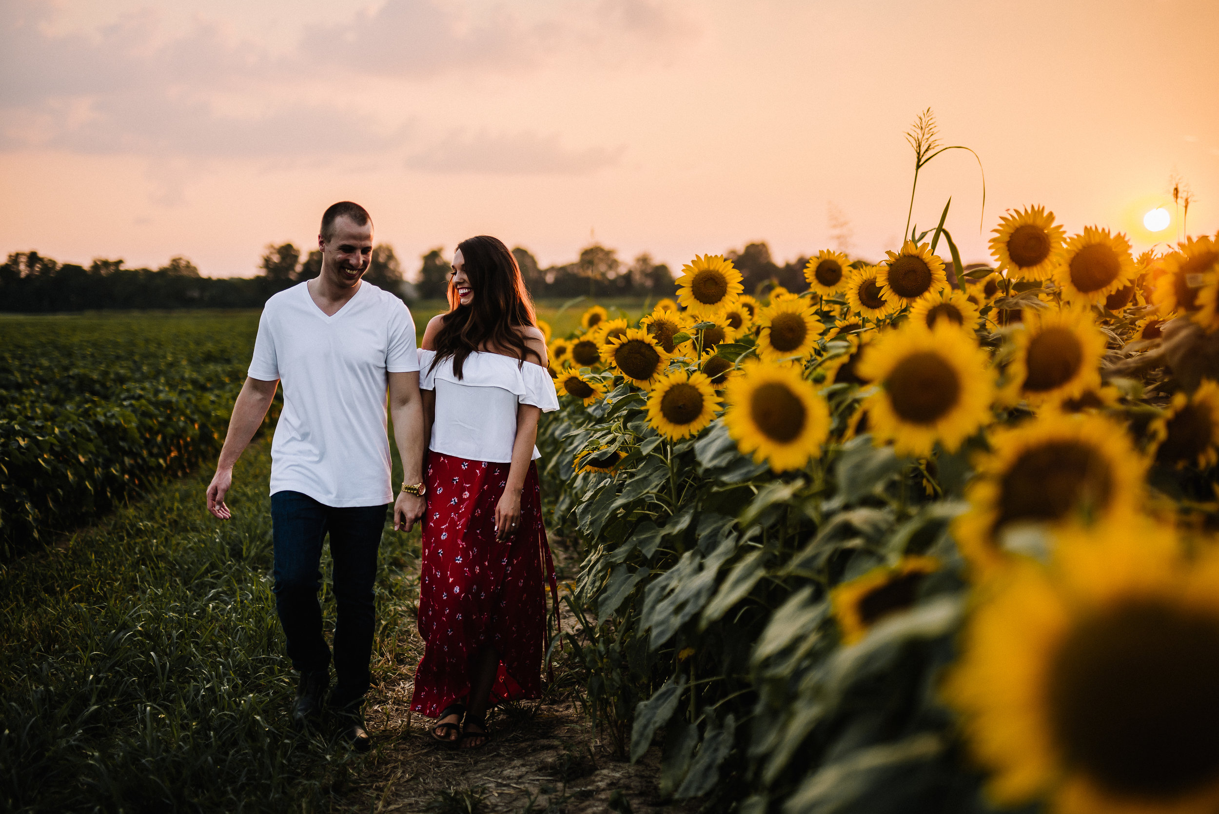 Kaitlynne&Van_Sunflowers_Ashley-Benham-Photography-43.jpg