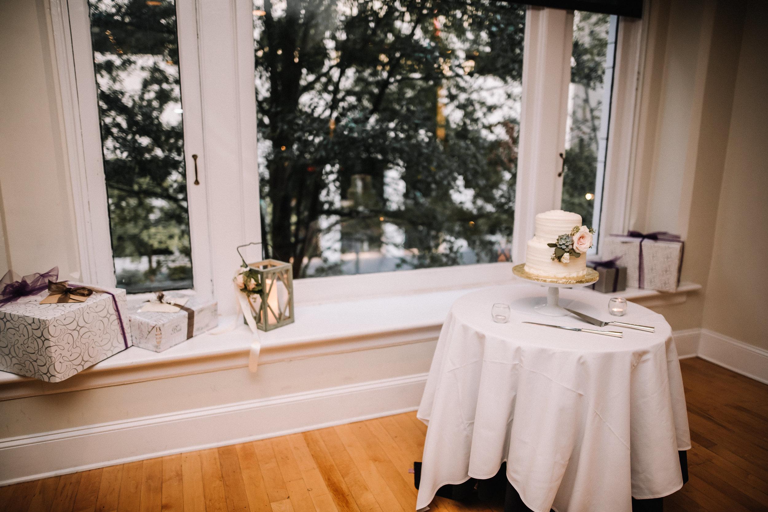 O'Brien-Wedding_Botanic-Gardens_Ashley-Benham-Photography-550.jpg