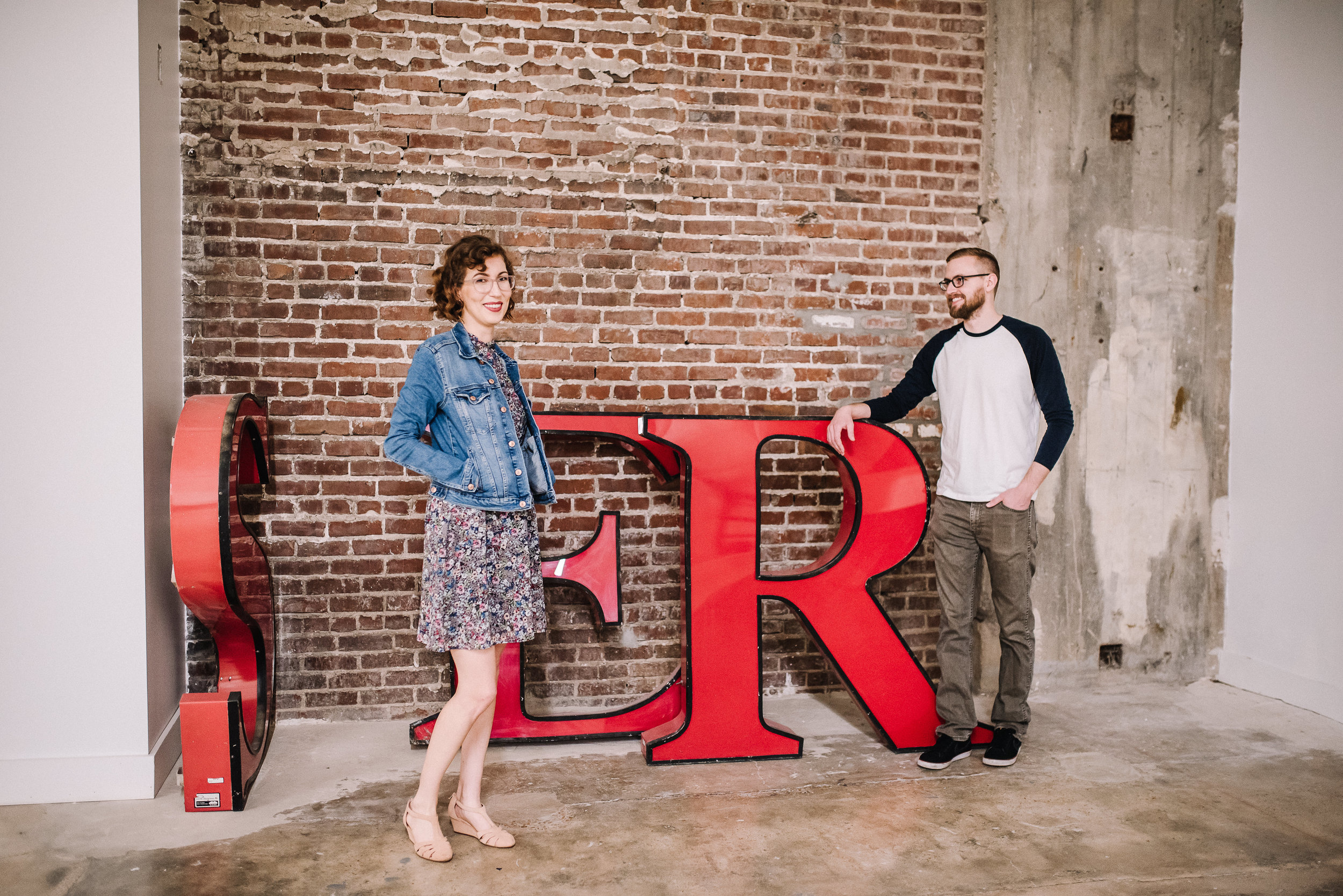 Crosstown-Concourse-Engagement-Session_Angela&Eric-22.jpg