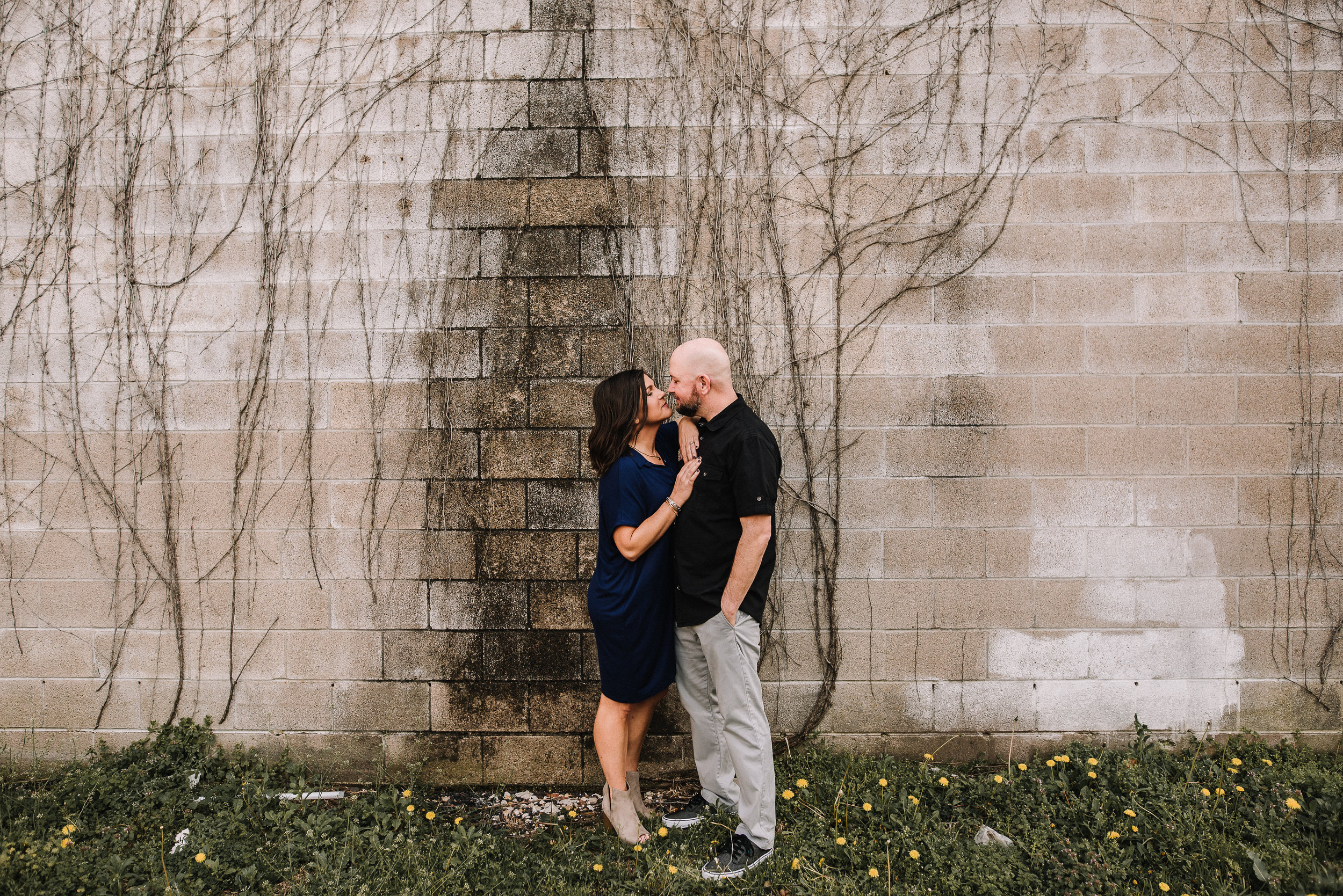 Melissa+Andy_Downtown-Memphis-Engagement-Session_Ashley-Benham-Photography-4977.jpg