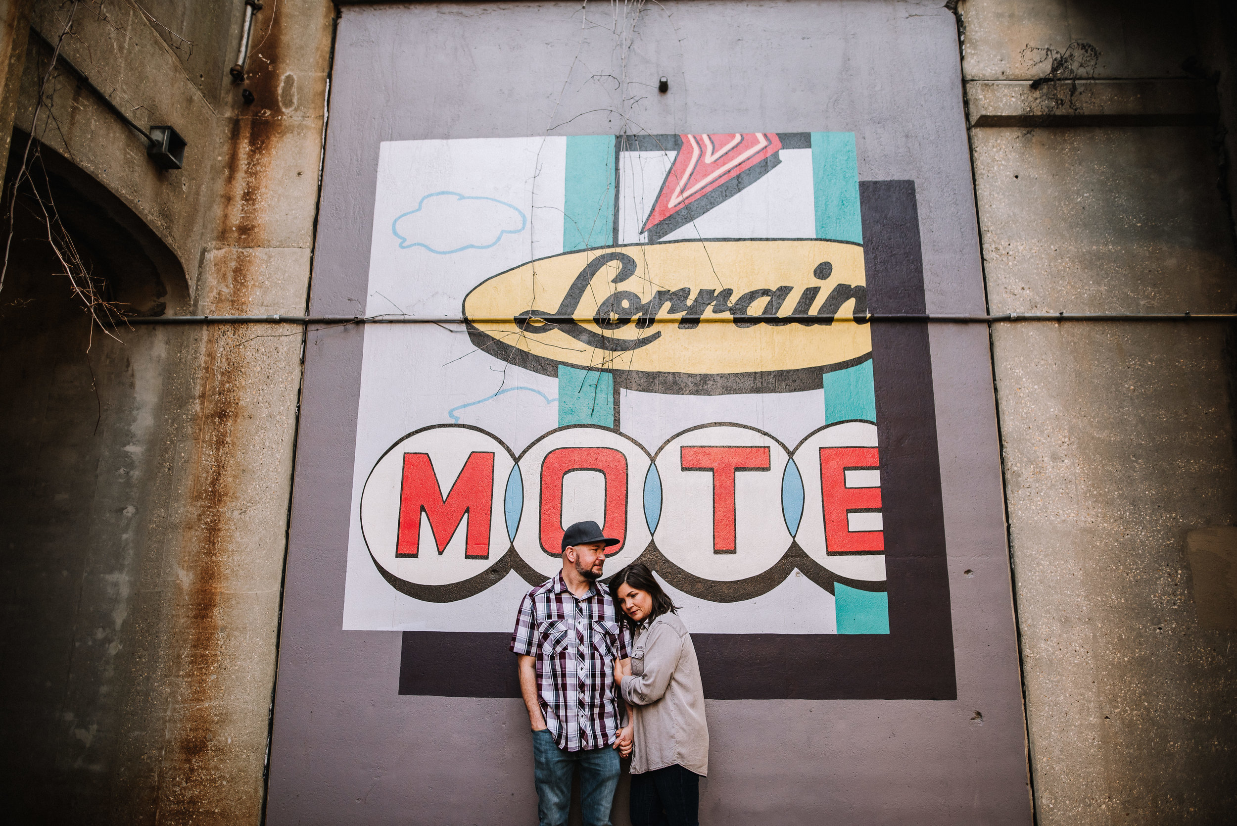 Melissa+Andy_Downtown-Memphis-Engagement-Session_Ashley-Benham-Photography-5223.jpg