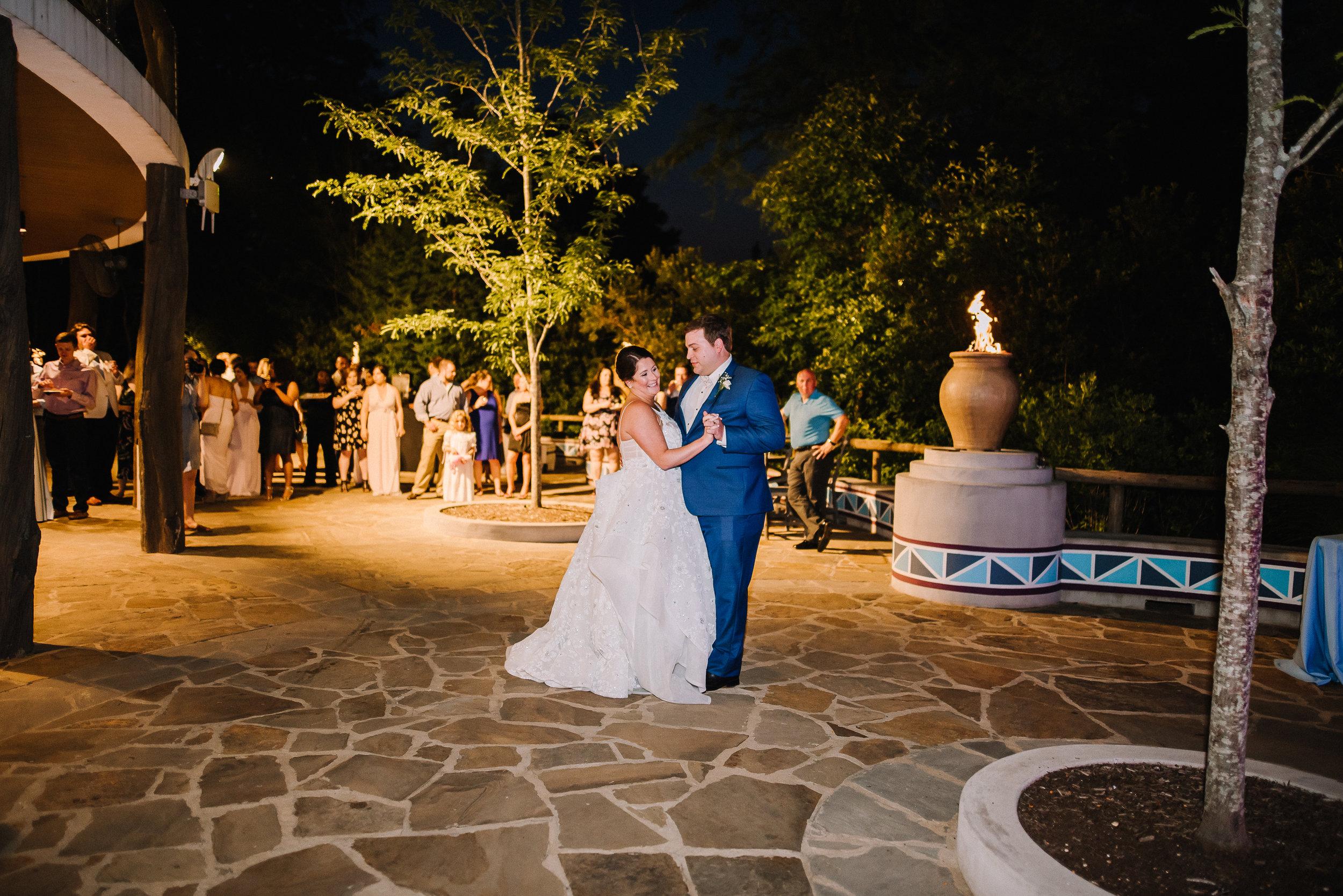 Smith Wedding_Memphis Zoo_Ashley Benham Photography-682.jpg