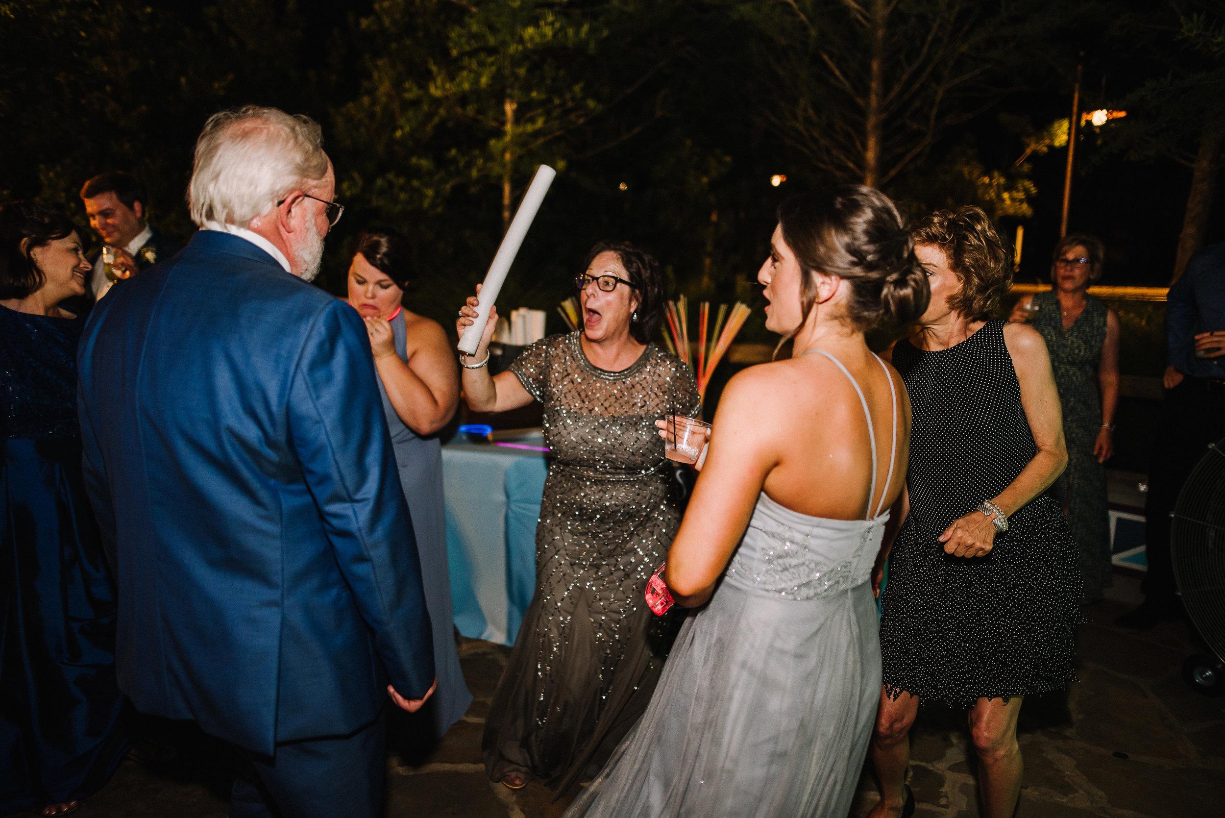 Smith Wedding_Memphis Zoo_Ashley Benham Photography-884.jpg