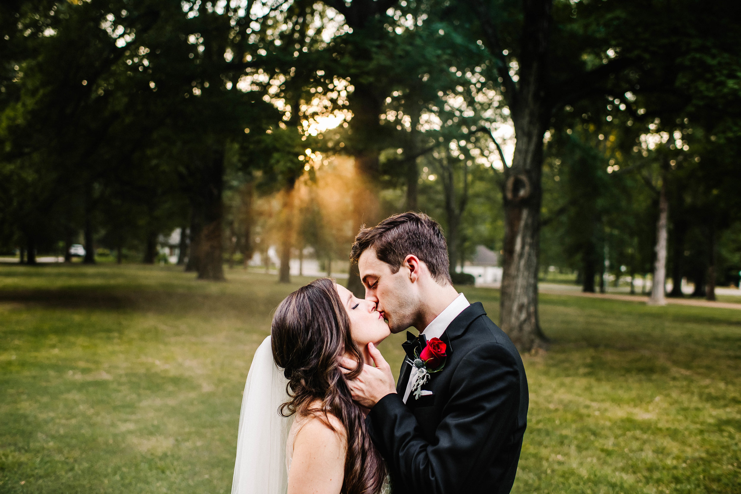 Cedar Hall Memphis Summer Wedding_ The McDonalds_Ashley Benham Photography-878.jpg