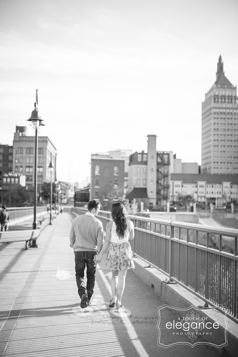 high-falls-rochester-engagement-session010.jpg
