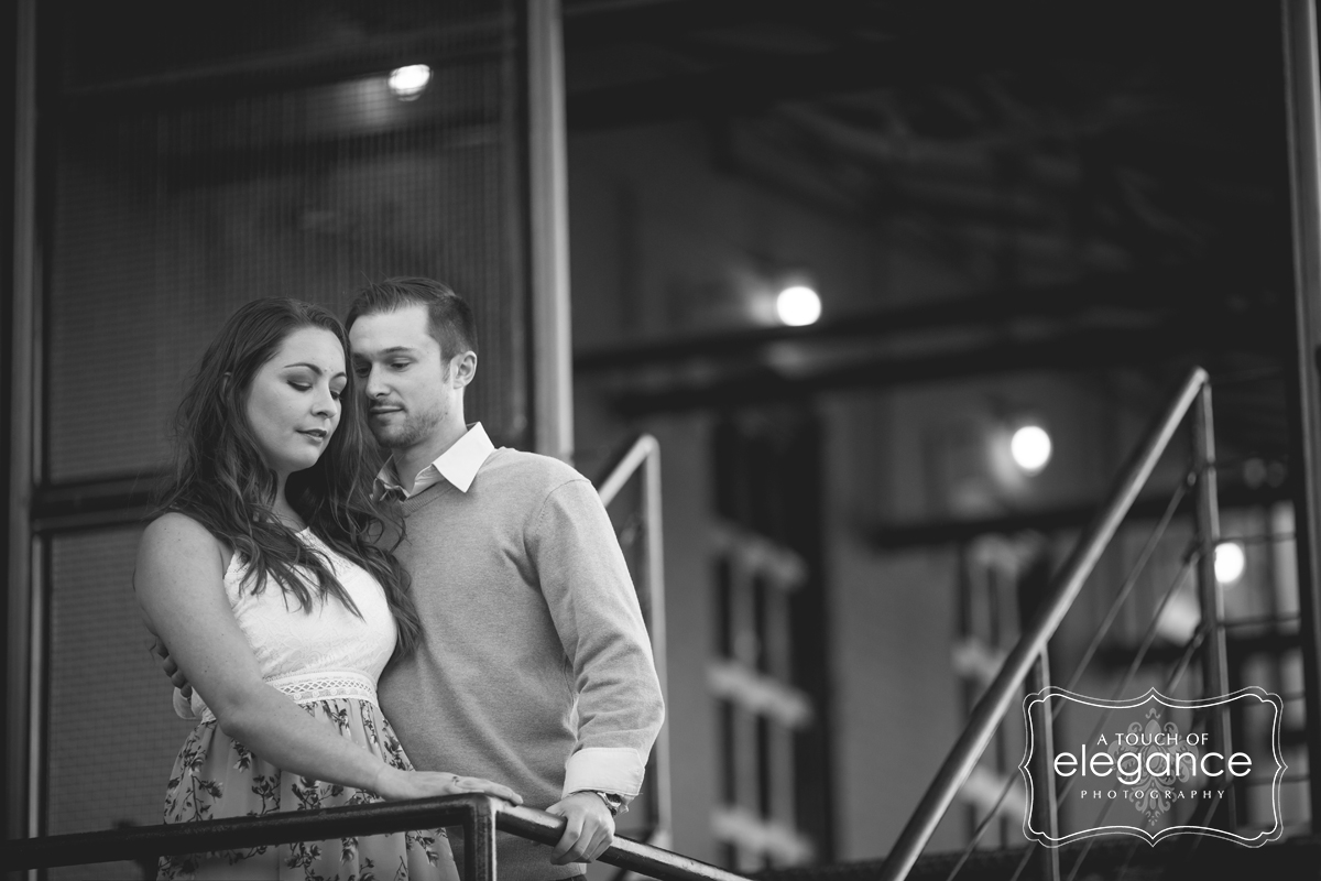 high-falls-rochester-engagement-session020.jpg