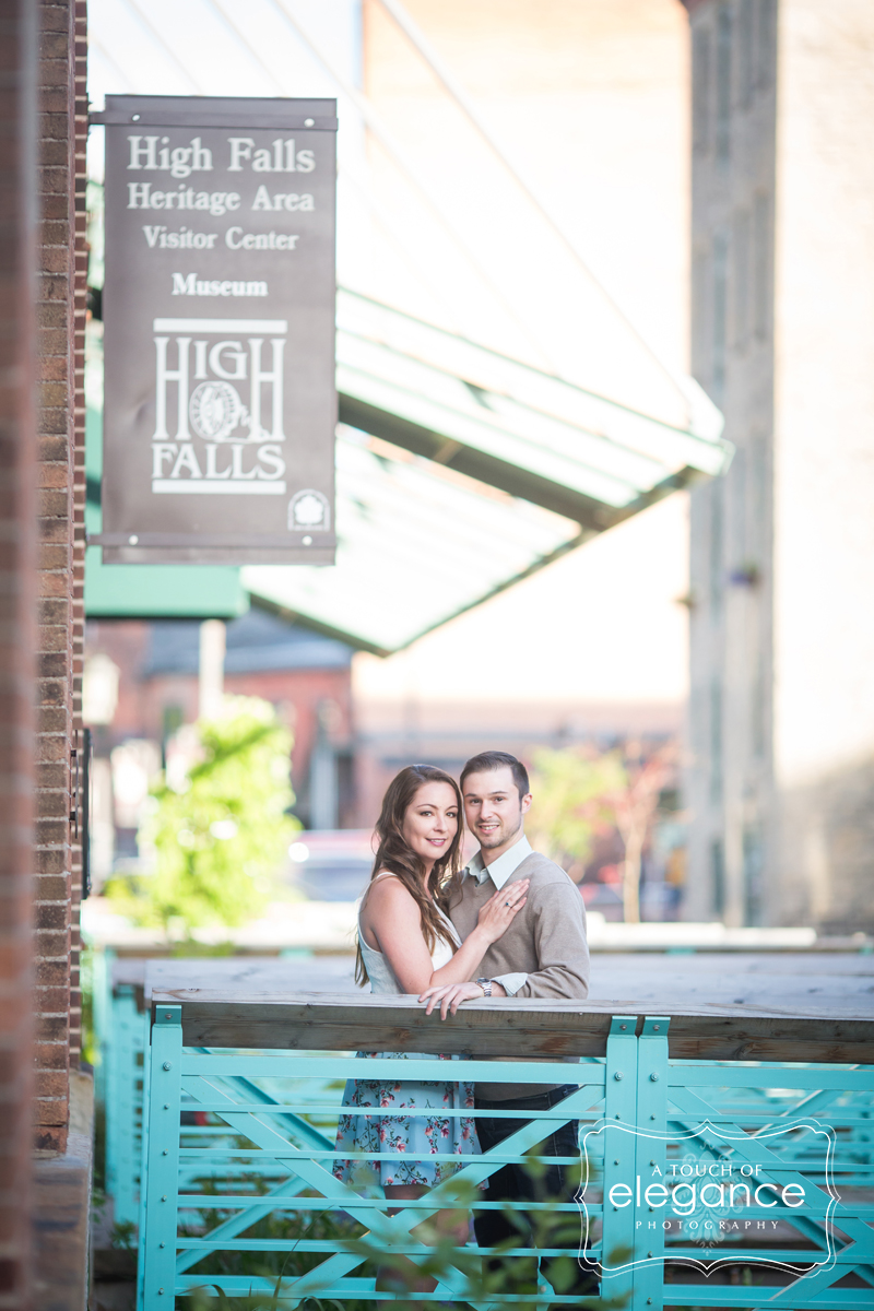 high-falls-rochester-engagement-session022.jpg