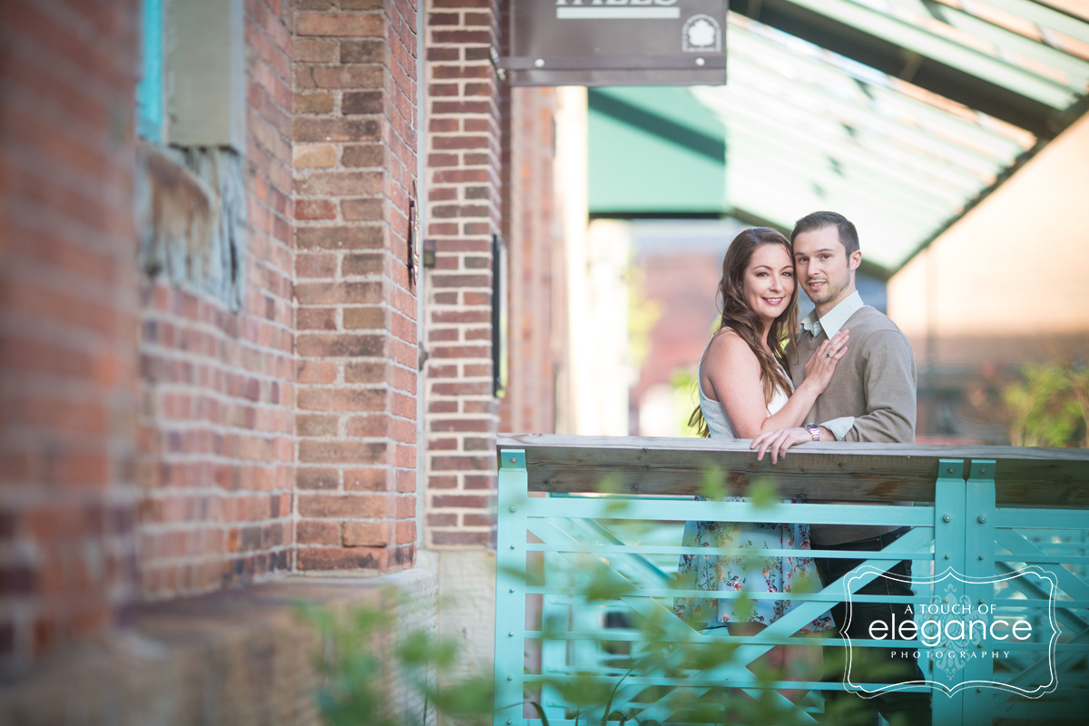 high-falls-rochester-engagement-session024.jpg