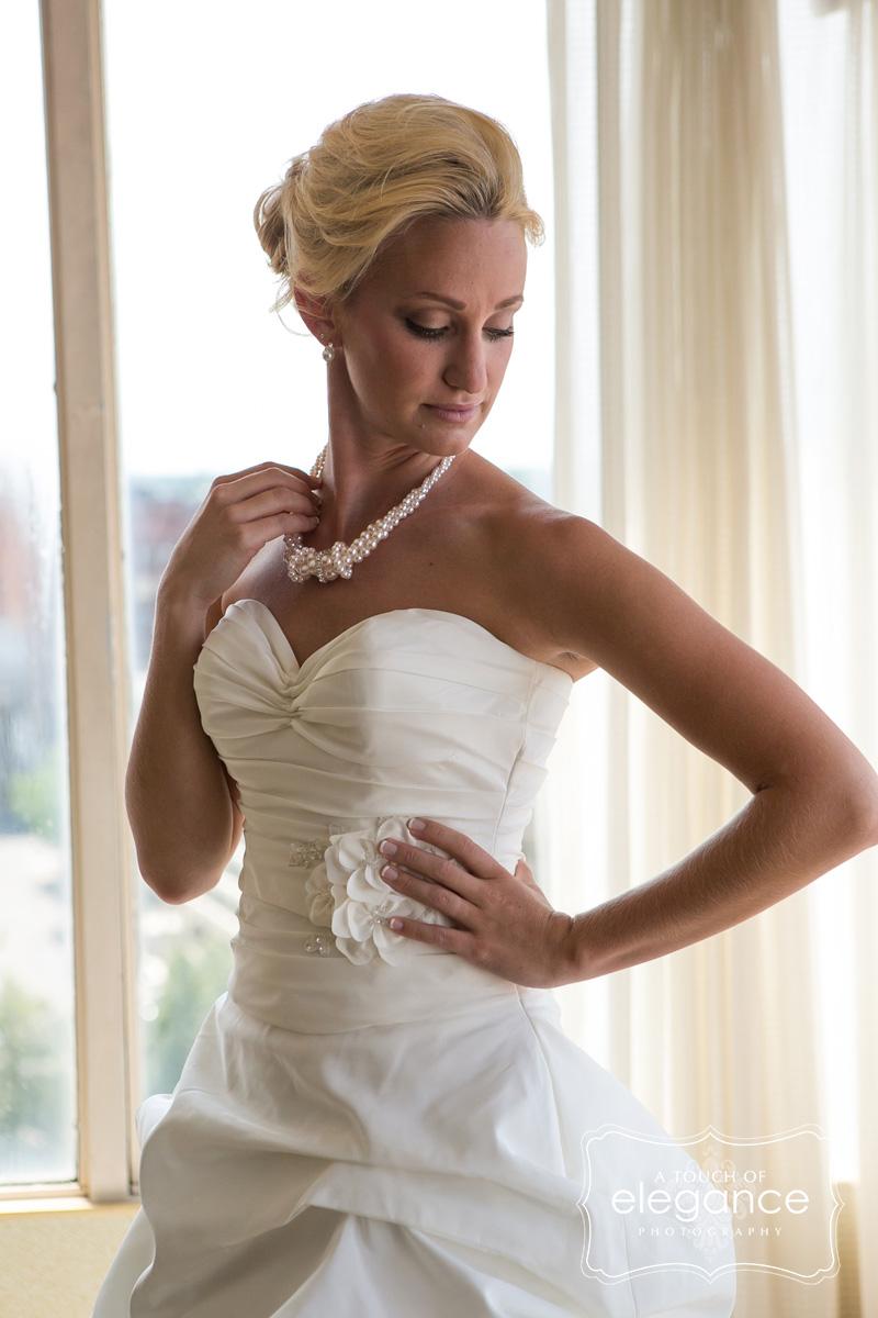 wedding-day-makeup-rochester-005.jpg