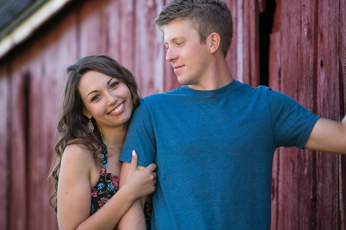 a-touch-of-elegance-photograpy-rochester-engagement-photos-029.jpg