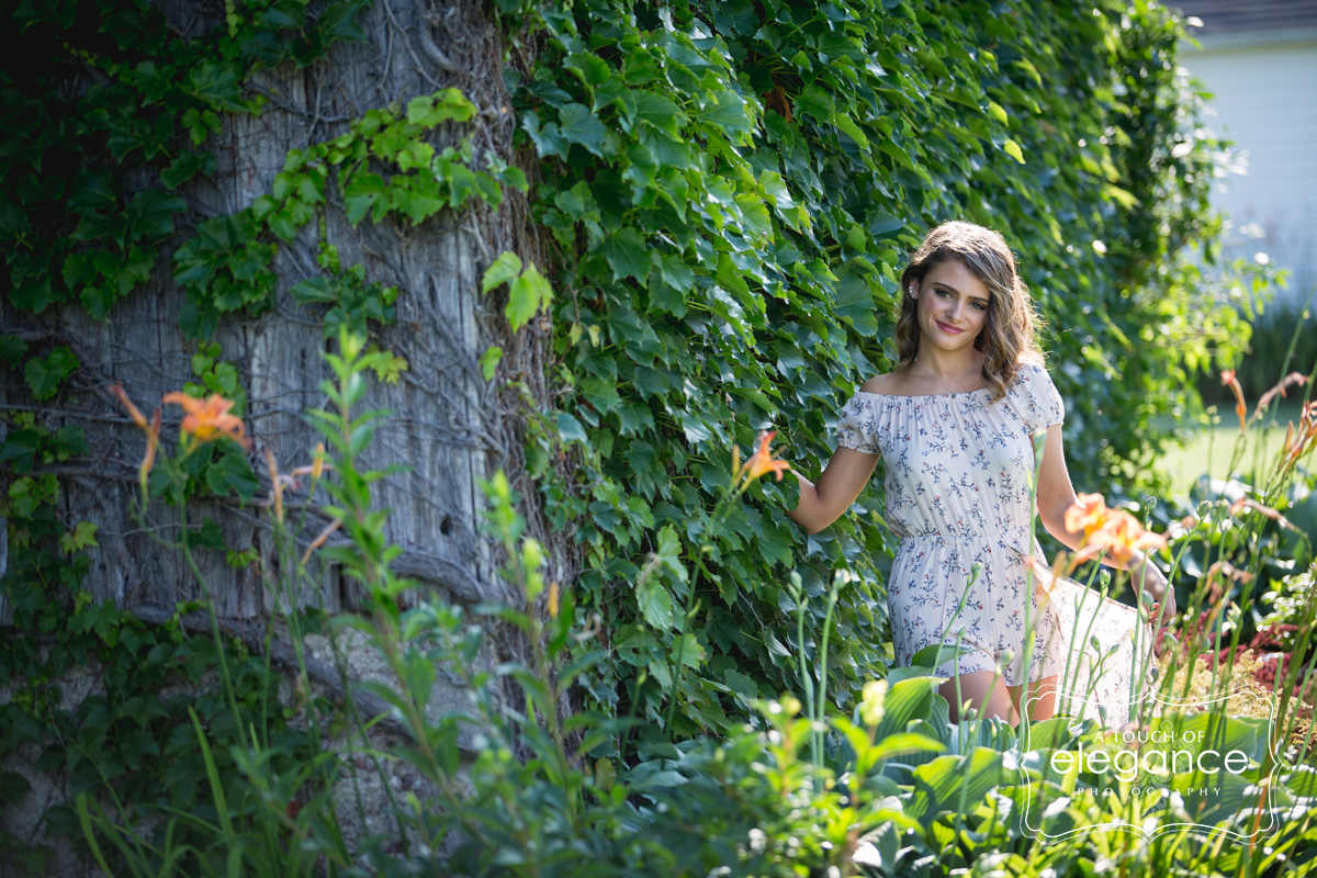 a-touch-of-elegance-photograpy-rochester-senior-session-003.jpg