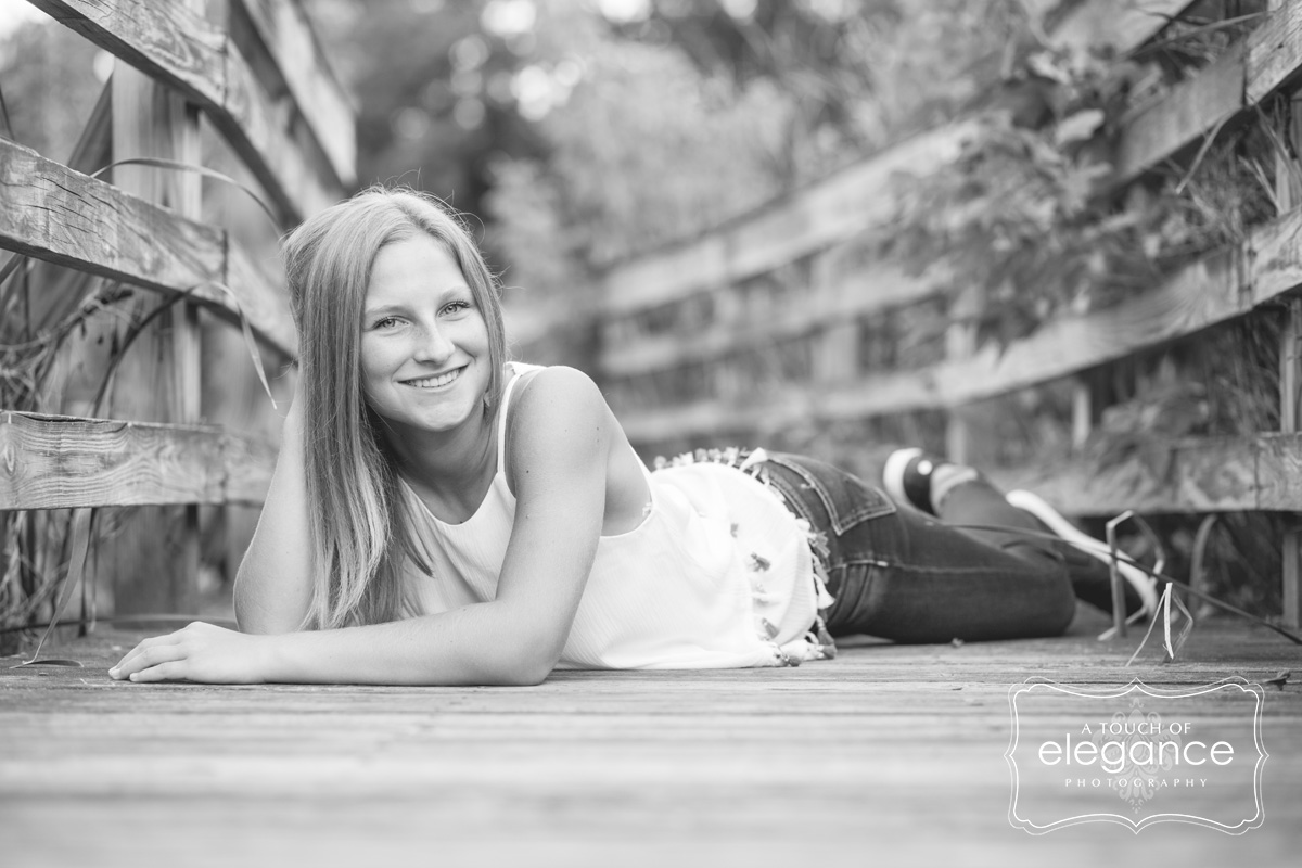 a-touch-of-elegance-photograpy-fairport-senior-session-010.jpg
