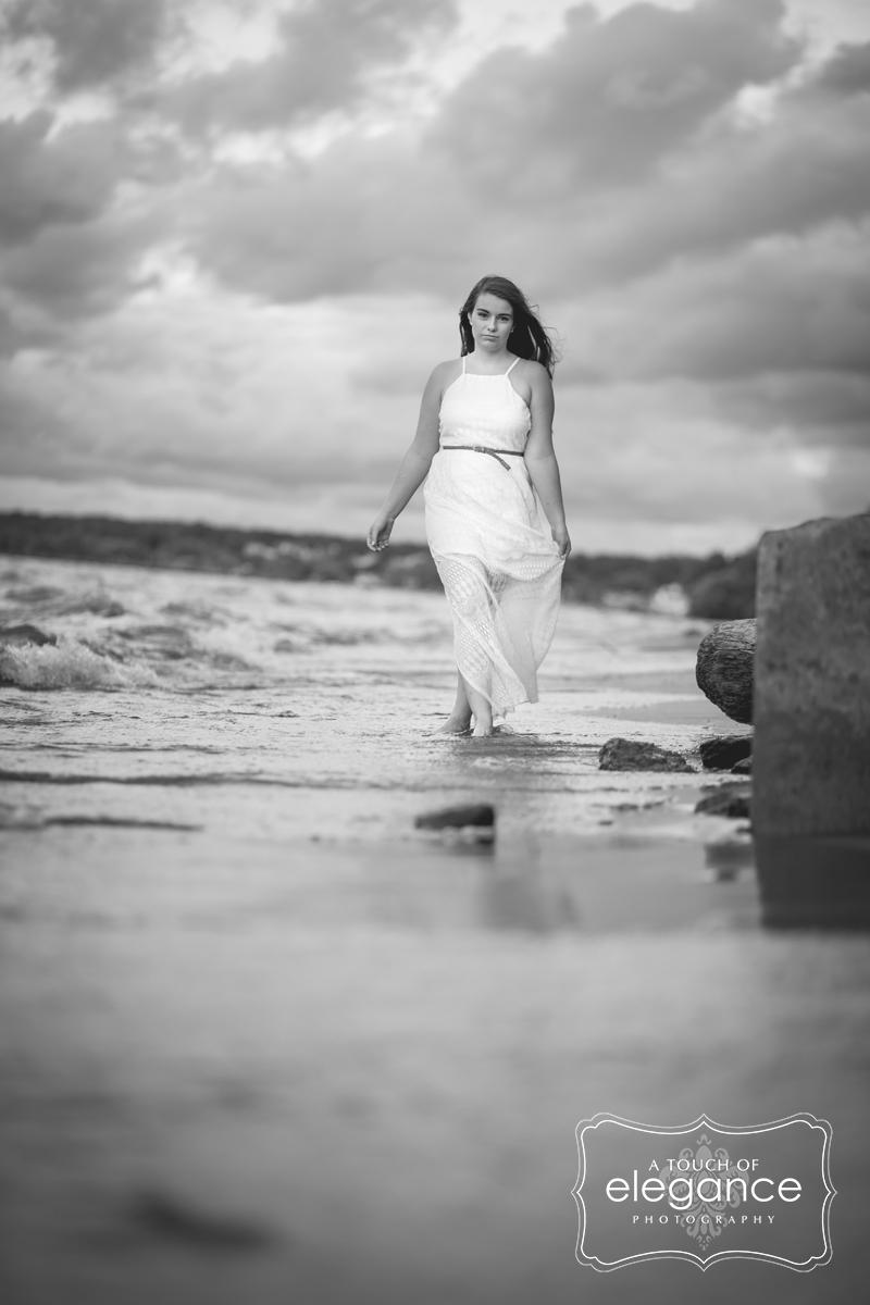 high-school-senior-portrait-session-beach-lake038.jpg