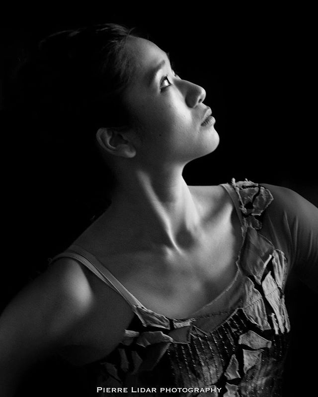 An old one ! #portraits #portrait #portraits_ig #pixel_ig#portraiture #expofilm3k #portrait_perfection #portraitstyles_gf #snowisblack #portraits_universe #featurepalette #bleachmyfilm #portraitmood #featurepalette #rsa_portraits #makeportraits #profile_vision #top_portraits#life_portraits #postthepeople #quietthechaos #2instagood #way2ill #justgoshoot #artofvisuals #l0tsabraids #ftwotw #igPodium_portraits #ftmedd