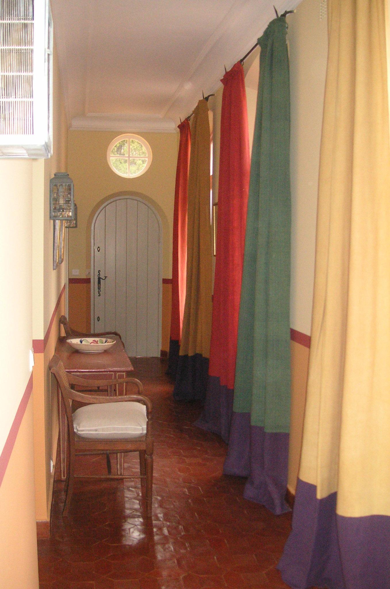 Hallway - Bastide.jpg