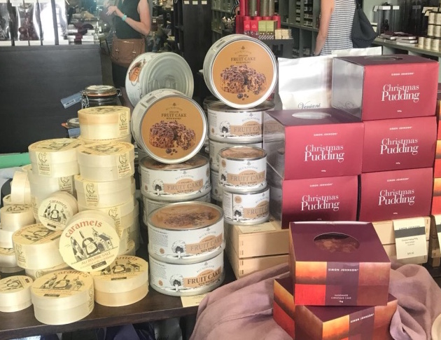 October 2017 - Our Australian distributor prepares for Christmas and features Buckingham cakes in the window display of the Simon Johnson store in Perth. One of the superb quality Simon Johnson shops which are Australia's premier group of fine food and delicatessen stores.