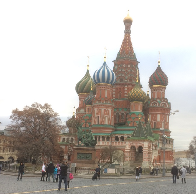 November 2017 - We visit Moscow to explore the market for fruit cakes and short-list potential Russian distributors. The older part of central Moscow is beautiful and buzzing with activity. The Russian Federation is a massive nation (the world's largest) with vast distances between the major population centres. There are many big challenges ahead, nevertheless, we are excited at the prospect of launching our cakes in this fascinating country.