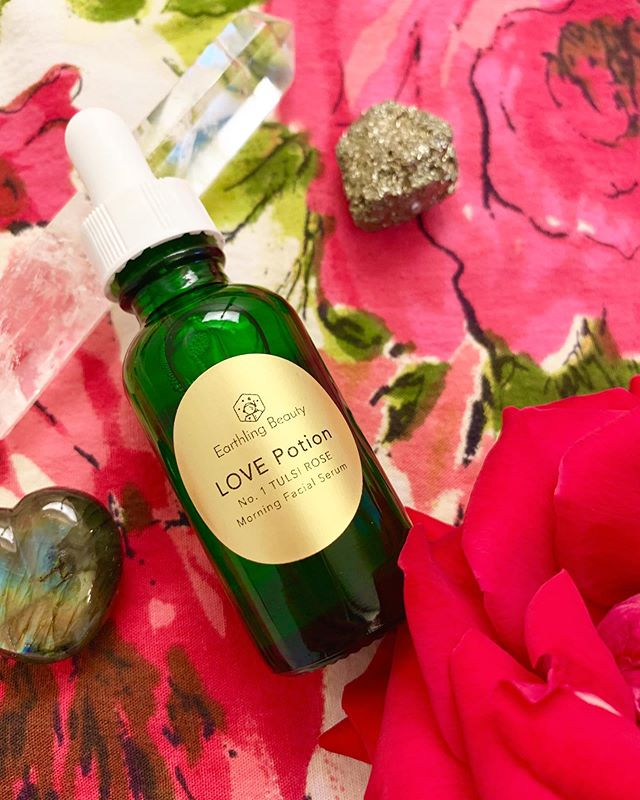 Rose essential oil features prominently in LOVE Potion No. 1 facial serum. It's super hydrating under make up, under sunscreen or just on its own 🌹 . . . . . . #naturalskincare #veganskincare #naturalbeauty #veganbeauty #cruetlyfree #crystalinfused #yoga #acroyoga #meditation #plantbased #plantbasedbeauty #poweredbyplants #handmade #chemicalfree #fitspo #beautyblogger #youtuber #influencer #aromatherapy #essentialoils #facialserum #skincarenatural #skincareobsessed
