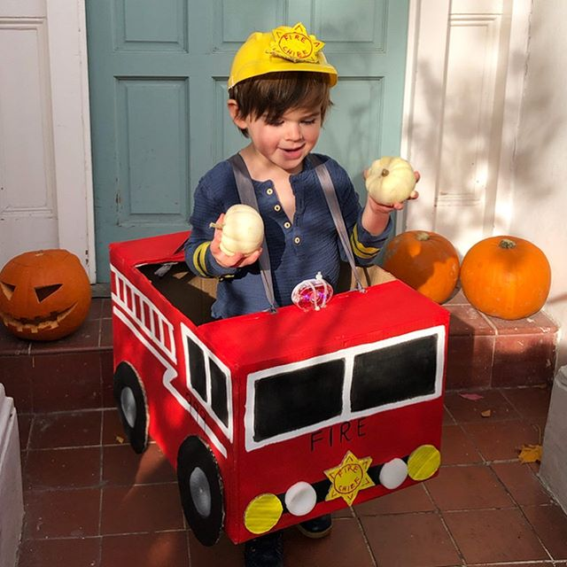 "Happy Halloween kiddo's 🎃👻🚒 . . Couldn't resist dressing H up as his favourite ""fire-fire"" even though it's not scary it is cuuute! Thank you to my amazing mama @janicefellowsceramics for the incredible fire engine 🚒 . . Oh and ps. We are supporting the #tealpumpkinproject and have allergy friendly treats for our trick or treaters 💙 . . #w3halloween @astonrowe @churchfieldrdw3"