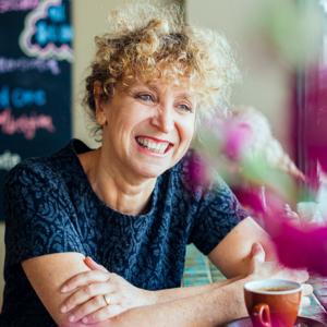 Dr Leah Kaminsky - Doctor and Author