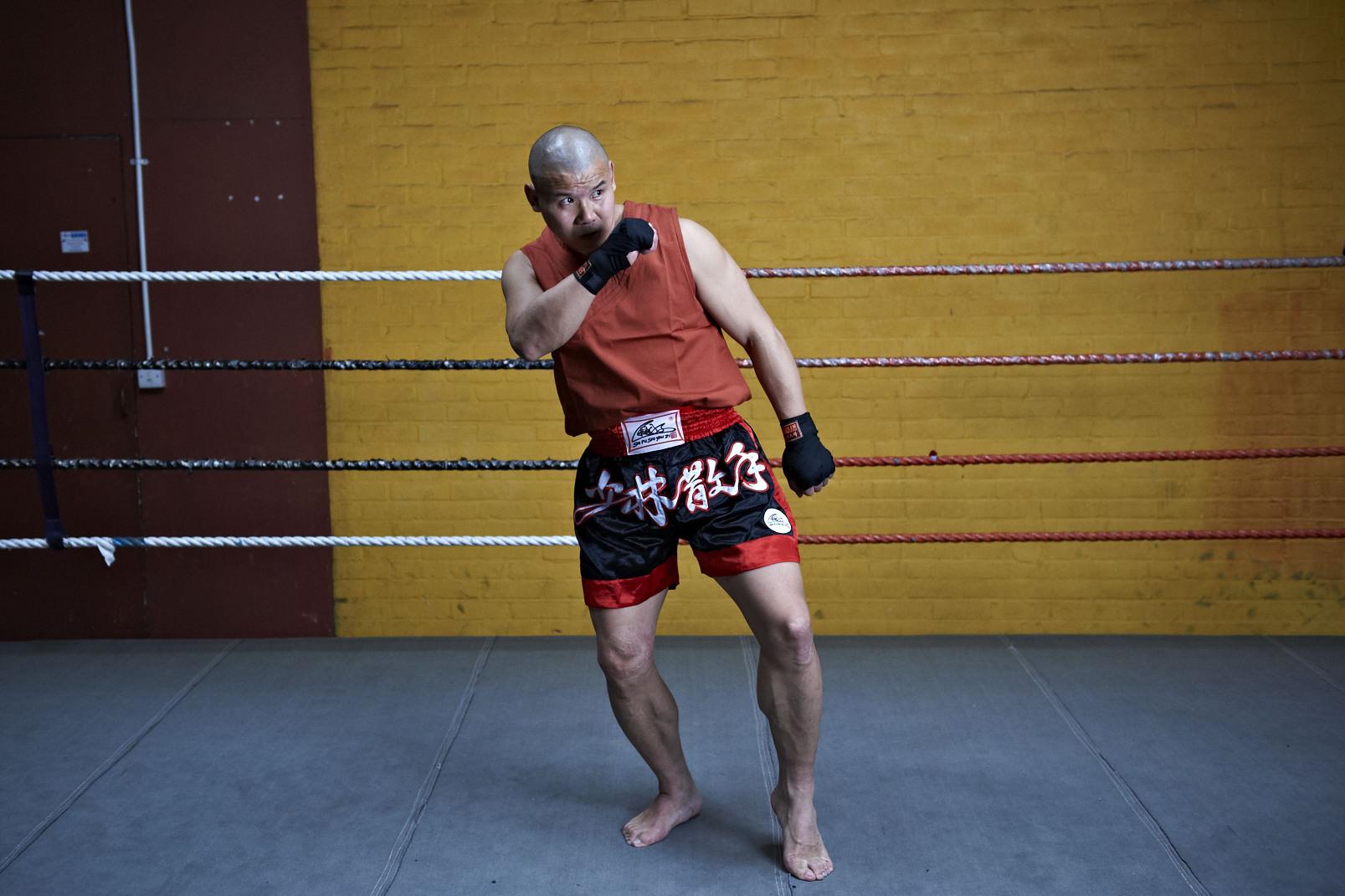 Shaolin temple uk shifu yanzi kick 24.jpg