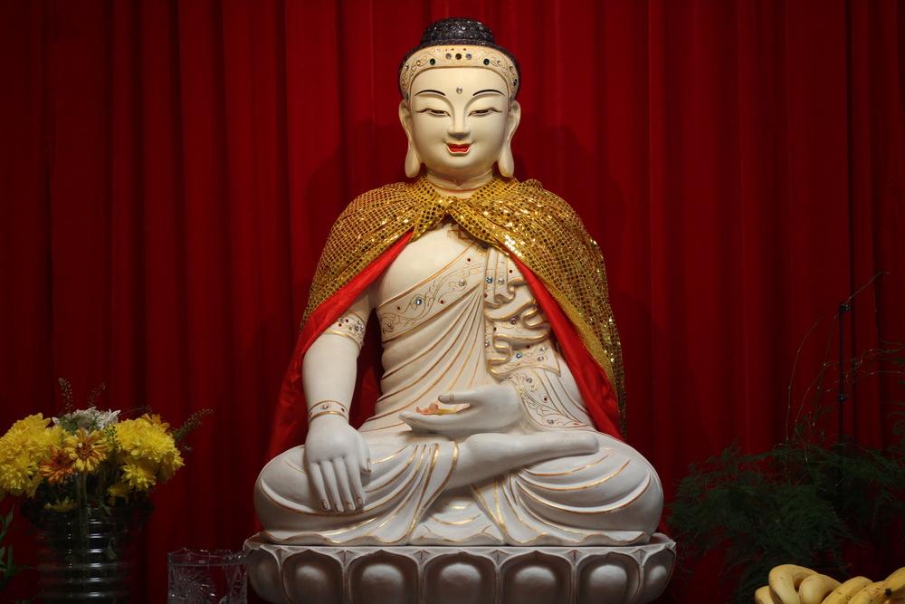 shaolin temple uk budda staue 3.JPG