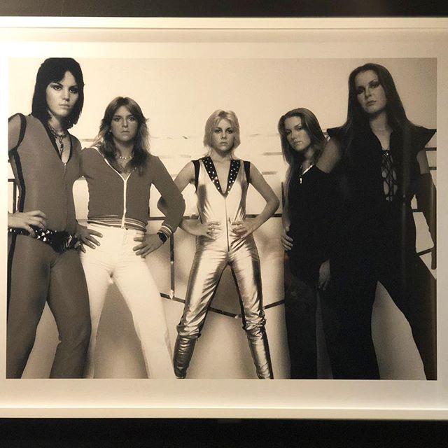 Happy #mondaymotivation from The Runaways 🤘(extra credit if you know where this dope photo lives...) . . . . . . . . . . . #womenwhorock #happymonday #grabacocktail #joanjett #therunaways #70srock #rocknroll #weplayvinyl #slay