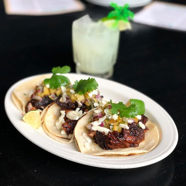🌮It's Taco Friday Dudes!! 🌮 Fun Fact: At Lunch Tacos come with a Marg for $15! . . . . . . . . . . #tacos #tacoparty #margaritas #freshlime #tacosalpastor #pineapplesalsa #quesofresco #cilantro #lunch #dinner #rotisserie #damn #streetstyle #bostonfoodies #hellyes #summerisfortacos