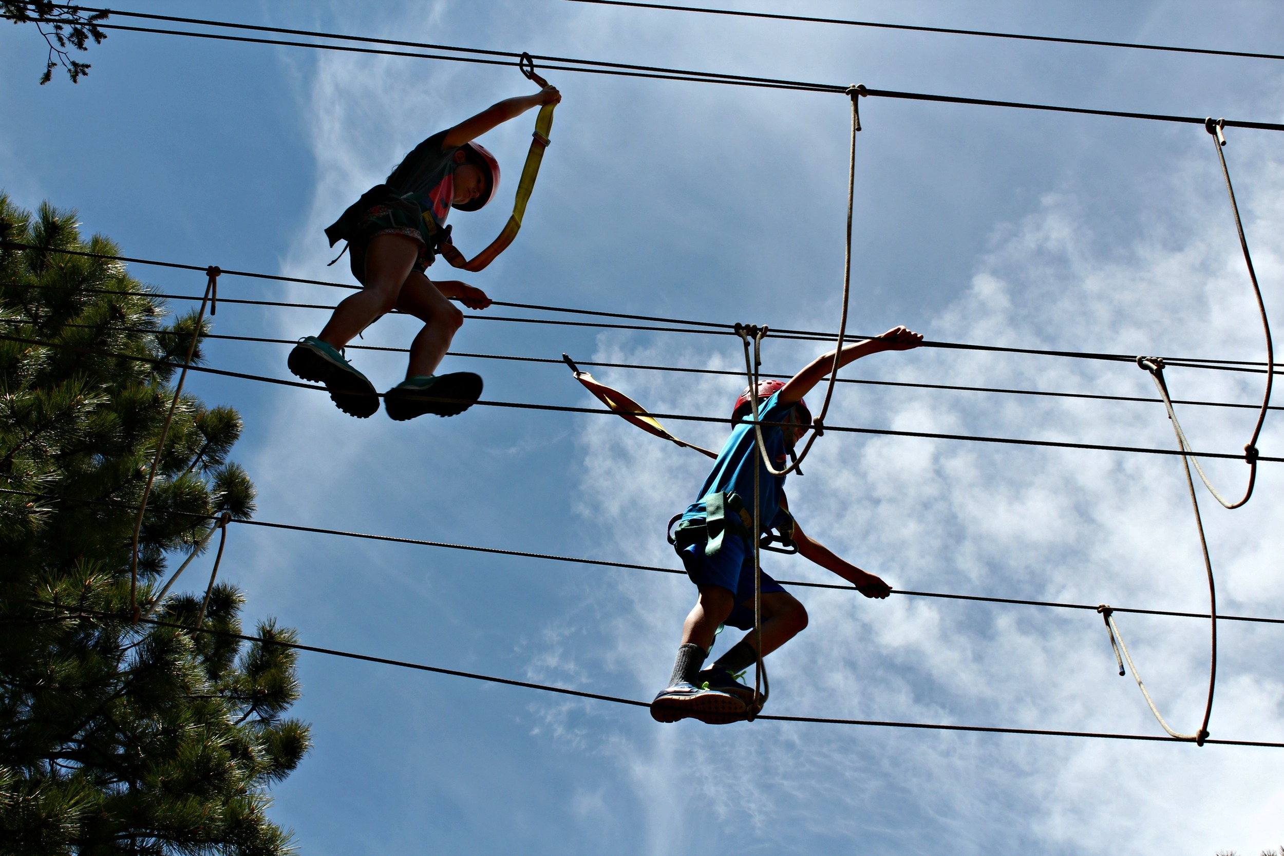 ropes-course-trail-west-lodge