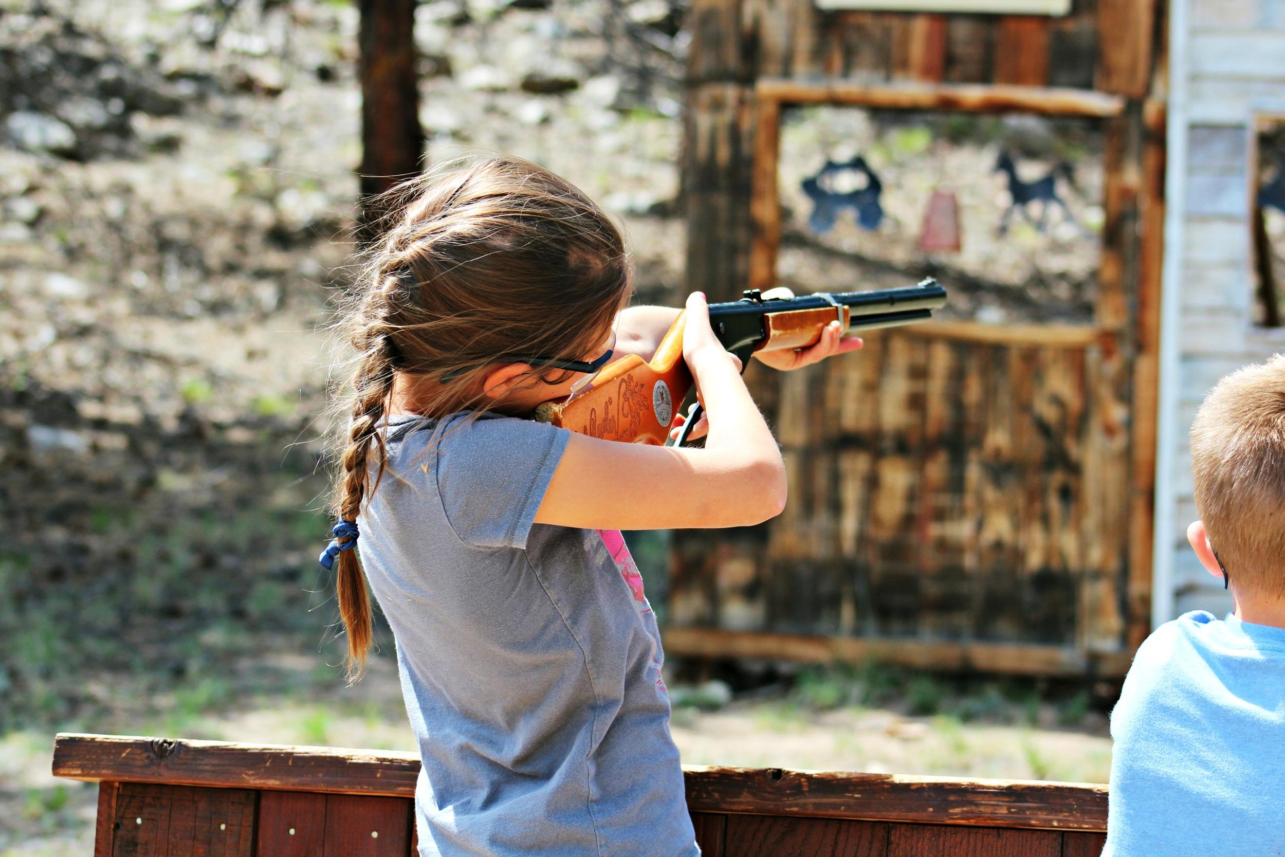 bb-gun-range-girl