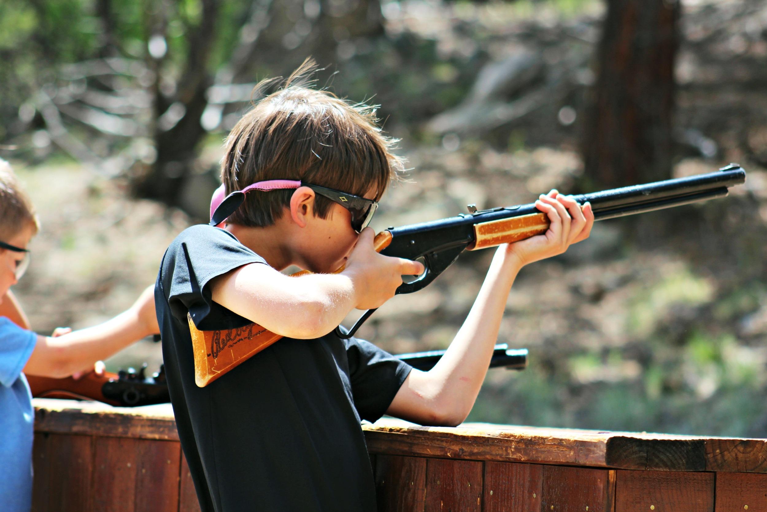 boy-bb-gun-range-trail-west