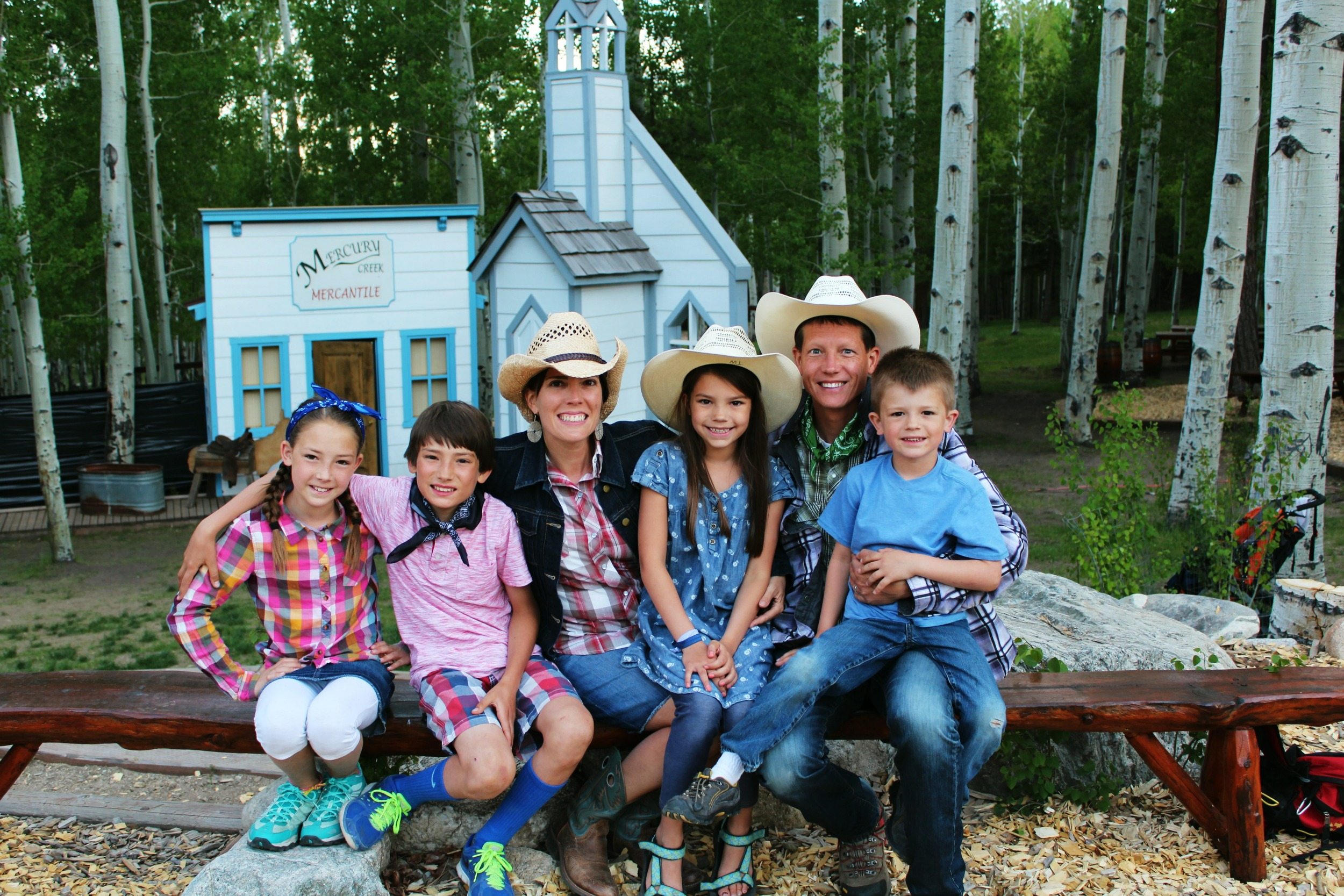 trail-west-lodge-family