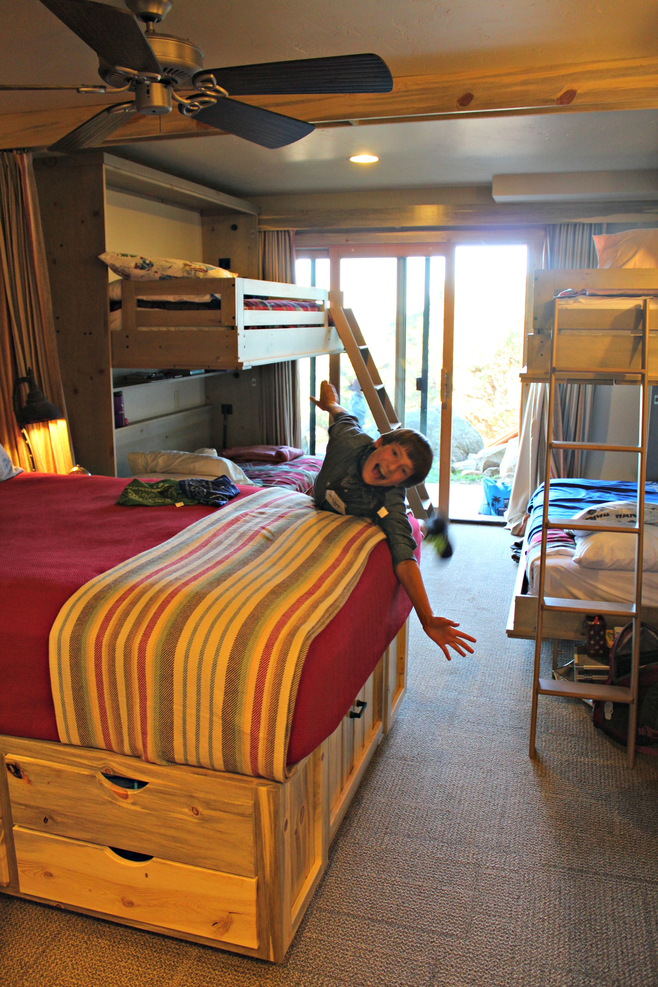 cruise-ship-style-lodge-rooms