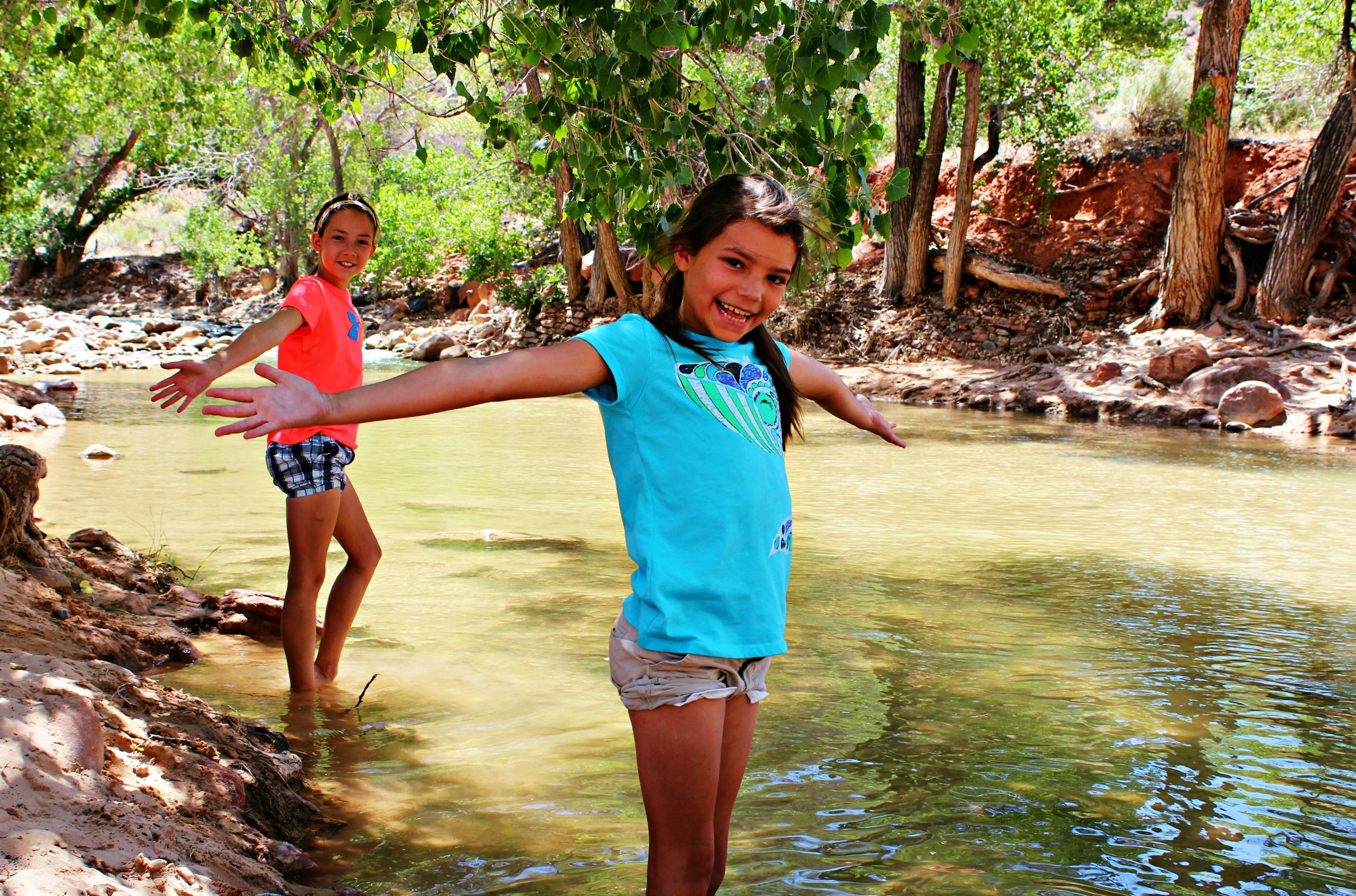 virgin-river-zion-national-park-with-kids