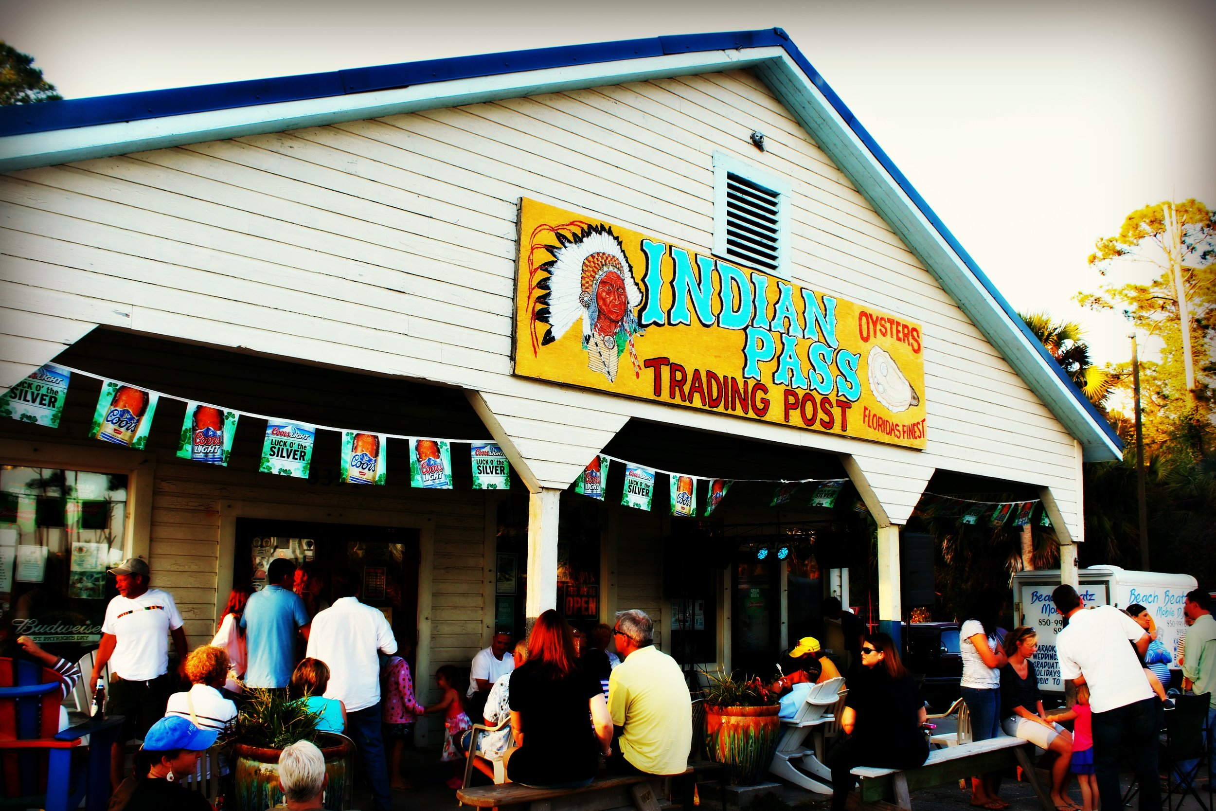 indian-pass-trading-post-raw-oyster-bar-florida