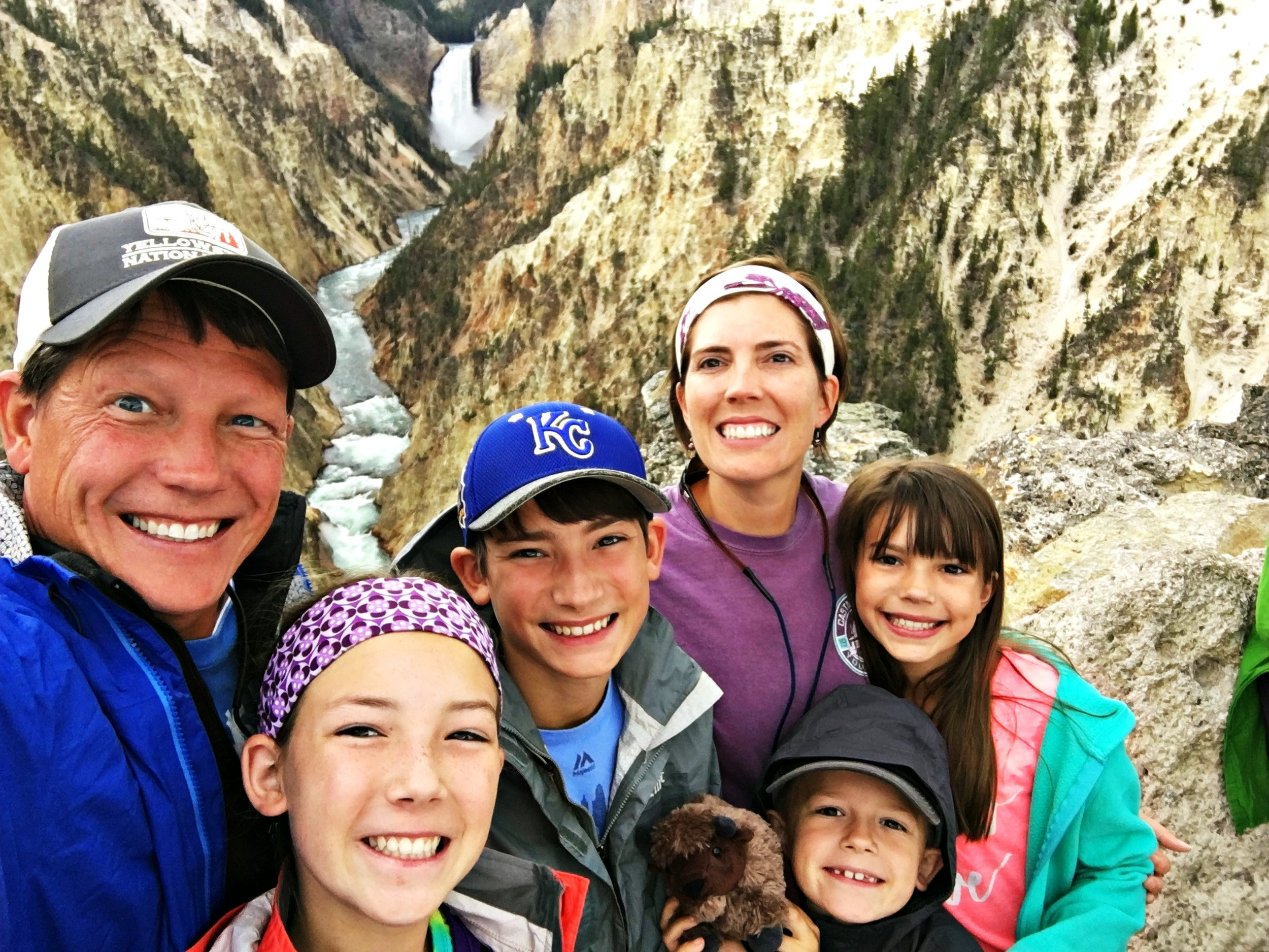 family-in-yellowstone