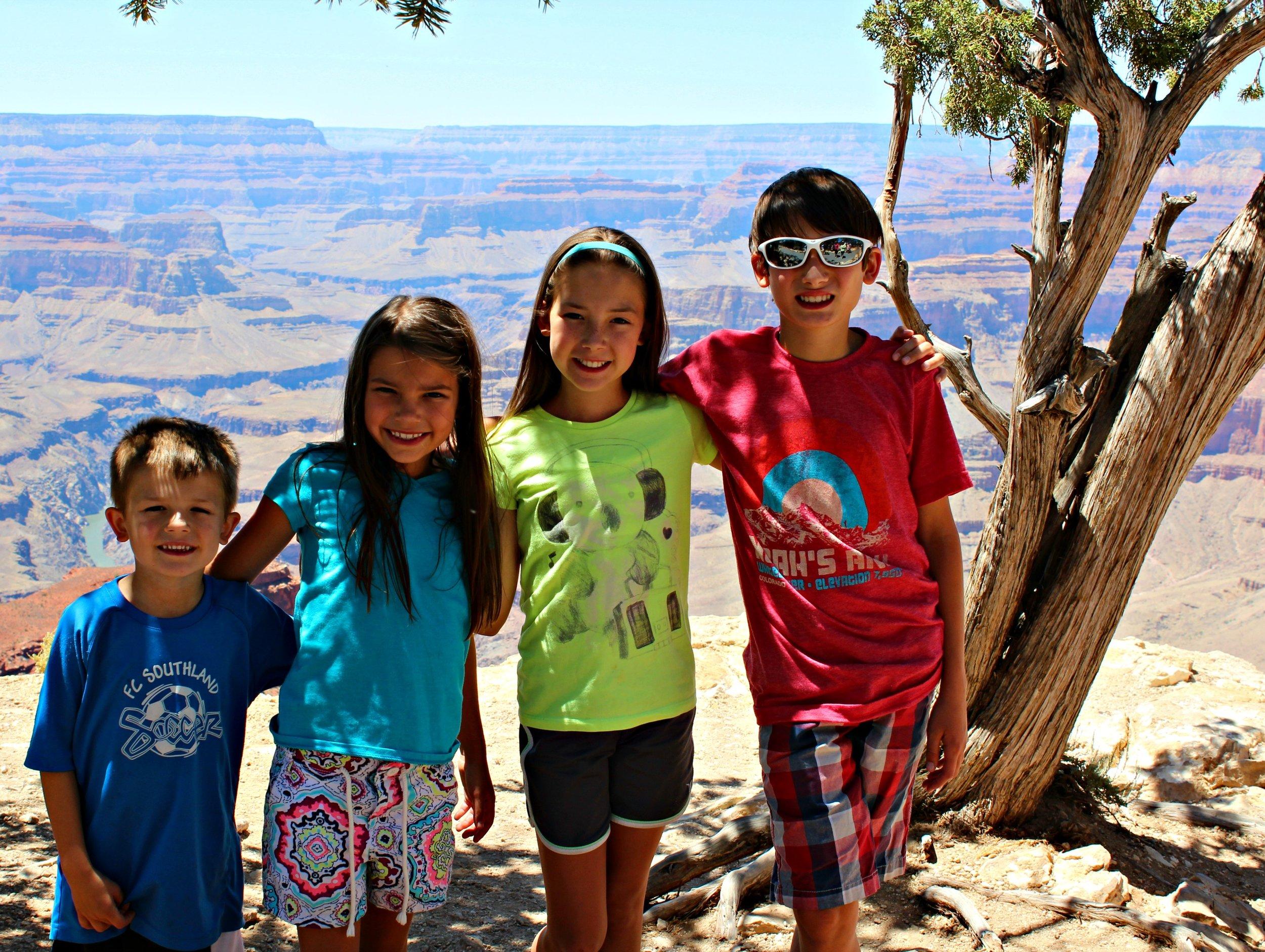 grand-canyon-south-rim-mather-point