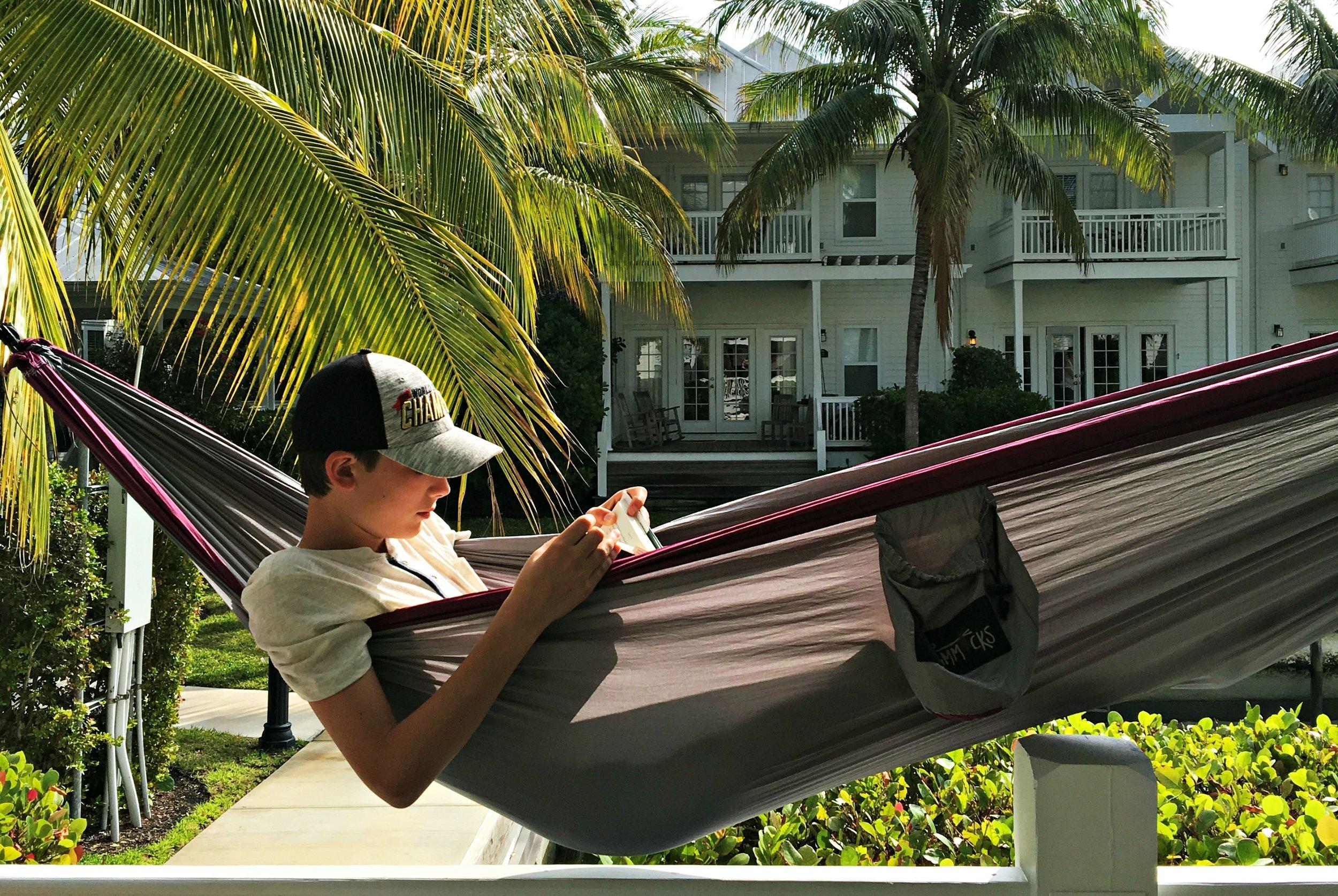 best-hammock-for-teens