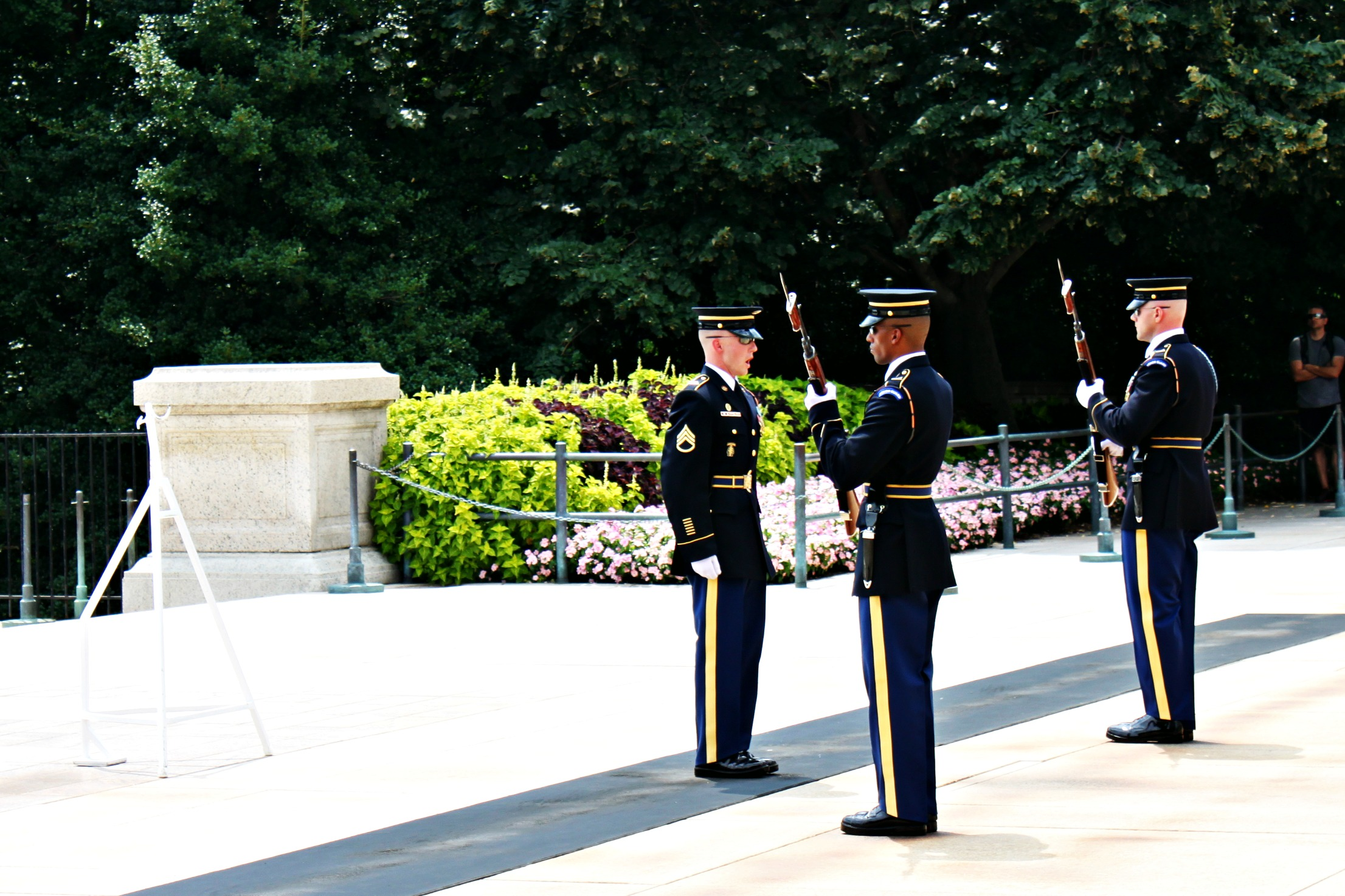 arlington-changing-of-the-guard