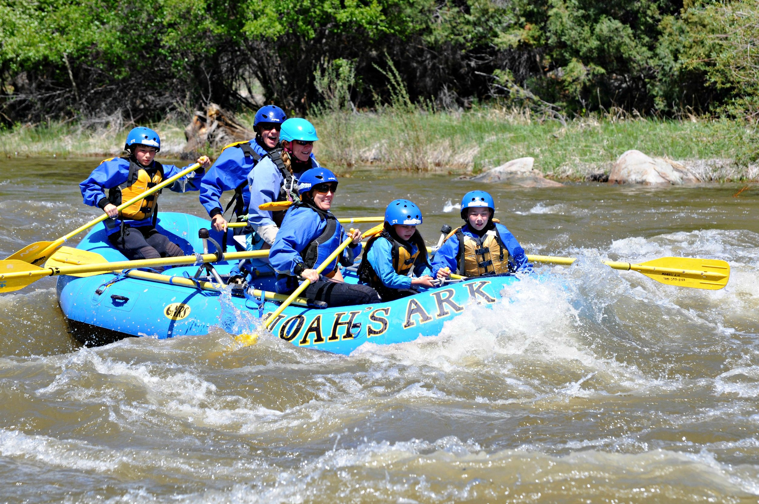 noahs-whitewater-rafting